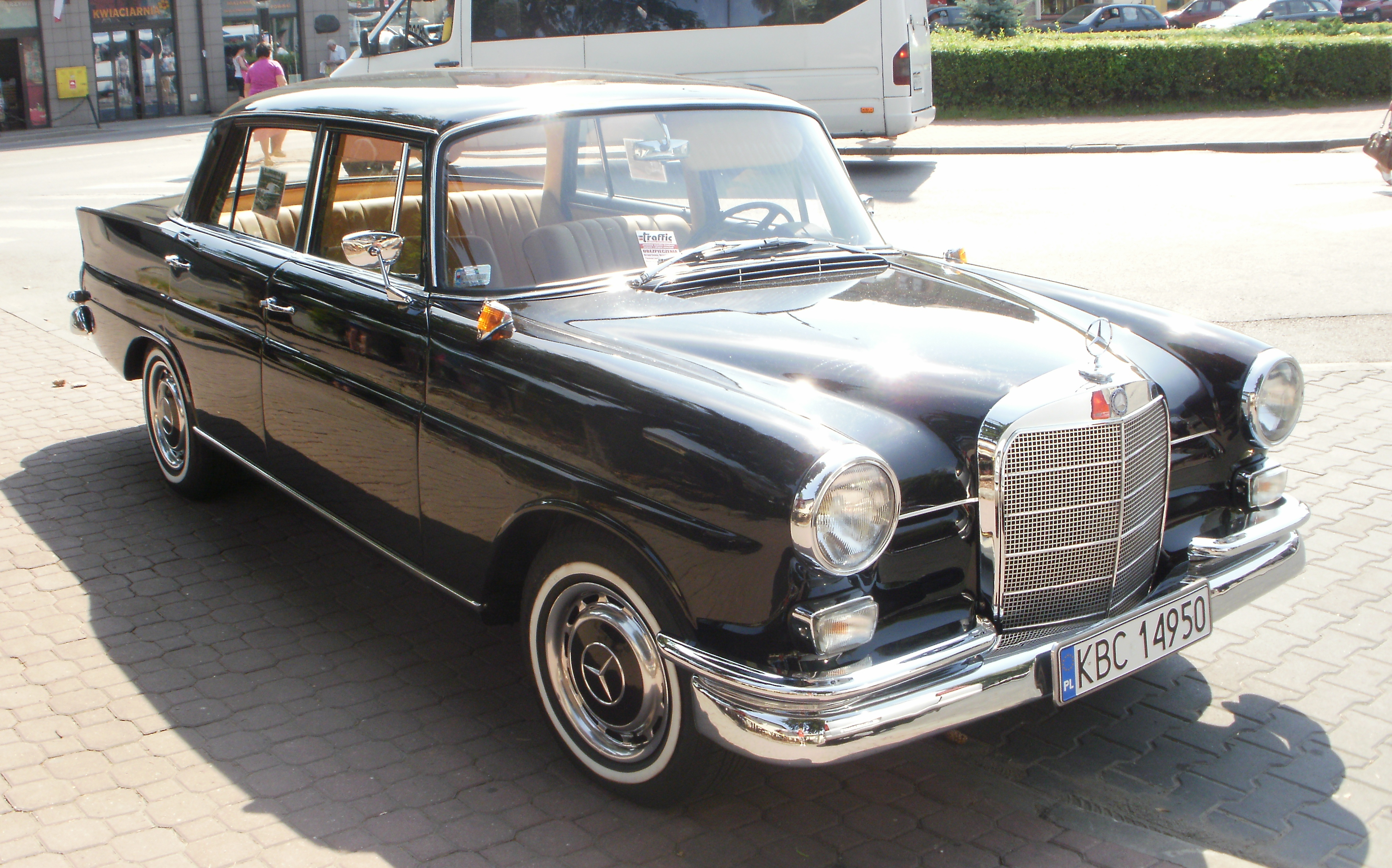 File Mercedes W110 Bochnia 2 Jpg Wikimedia Commons