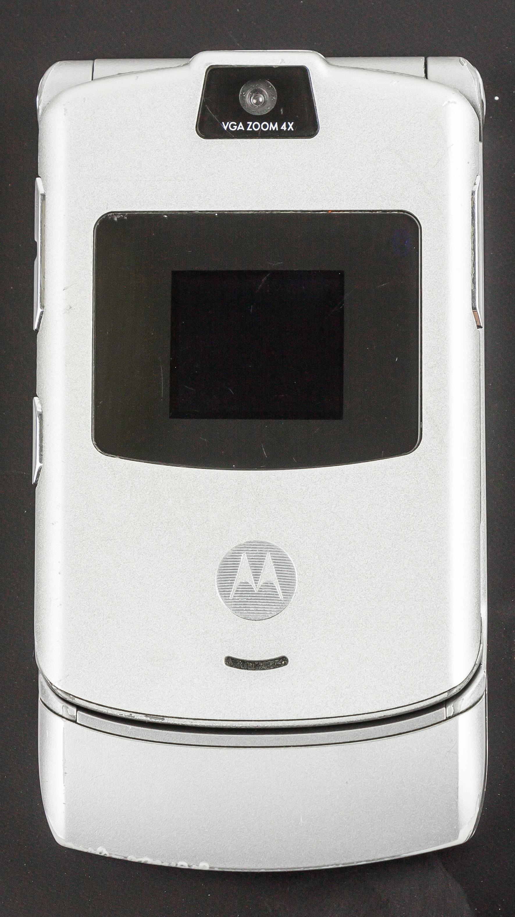 434eab8504 Motorola RAZR V3 – Wikipédia, a enciclopédia livre