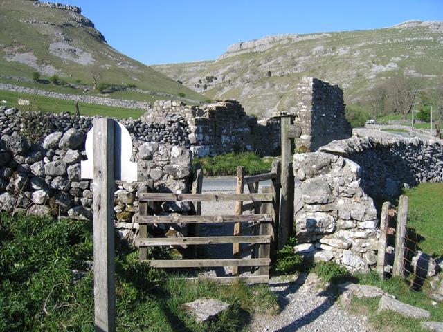 Near Janet's Foss - geograph.org.uk - 502501