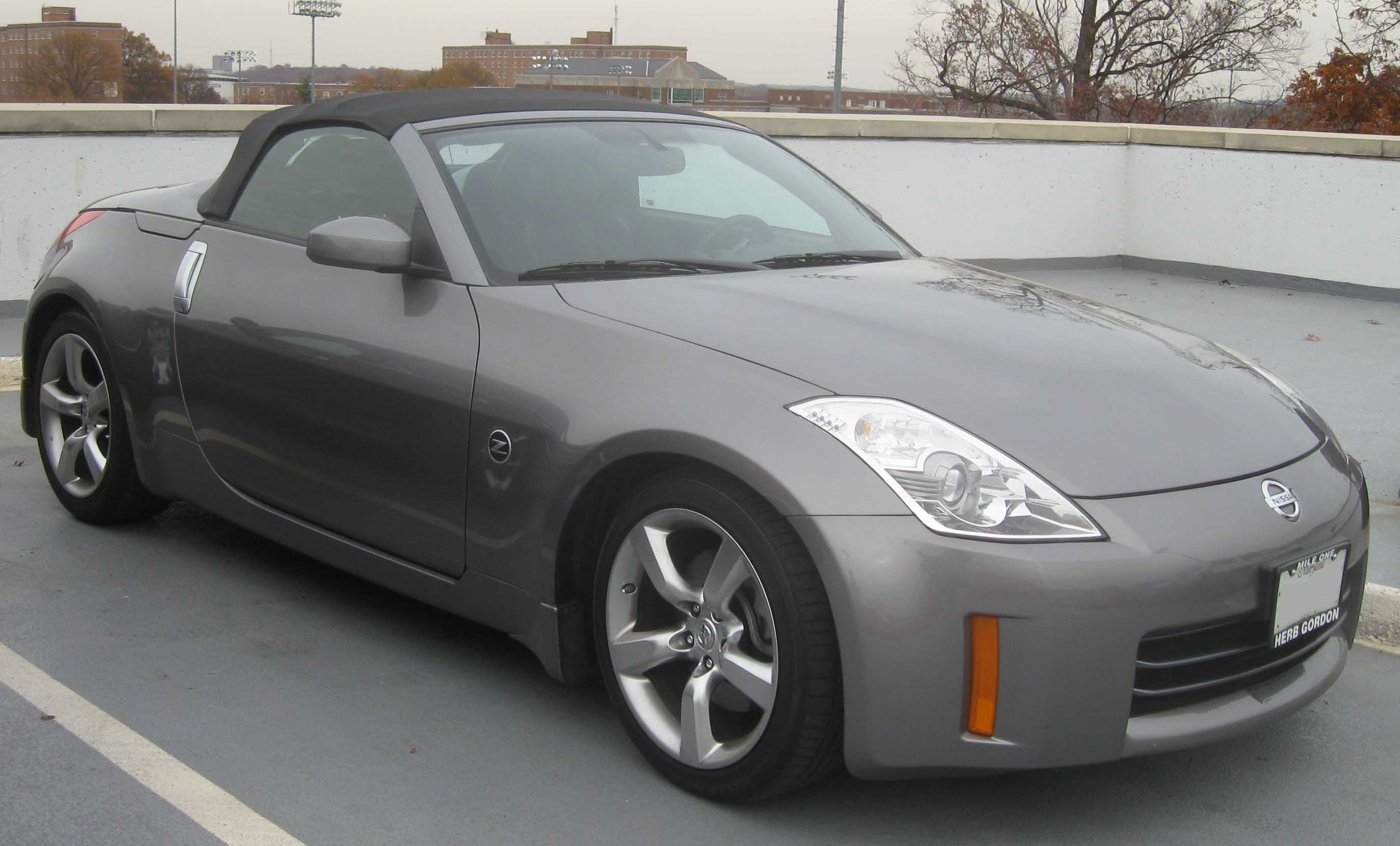 file nissan 350z convertible jpg wikimedia commons. Black Bedroom Furniture Sets. Home Design Ideas