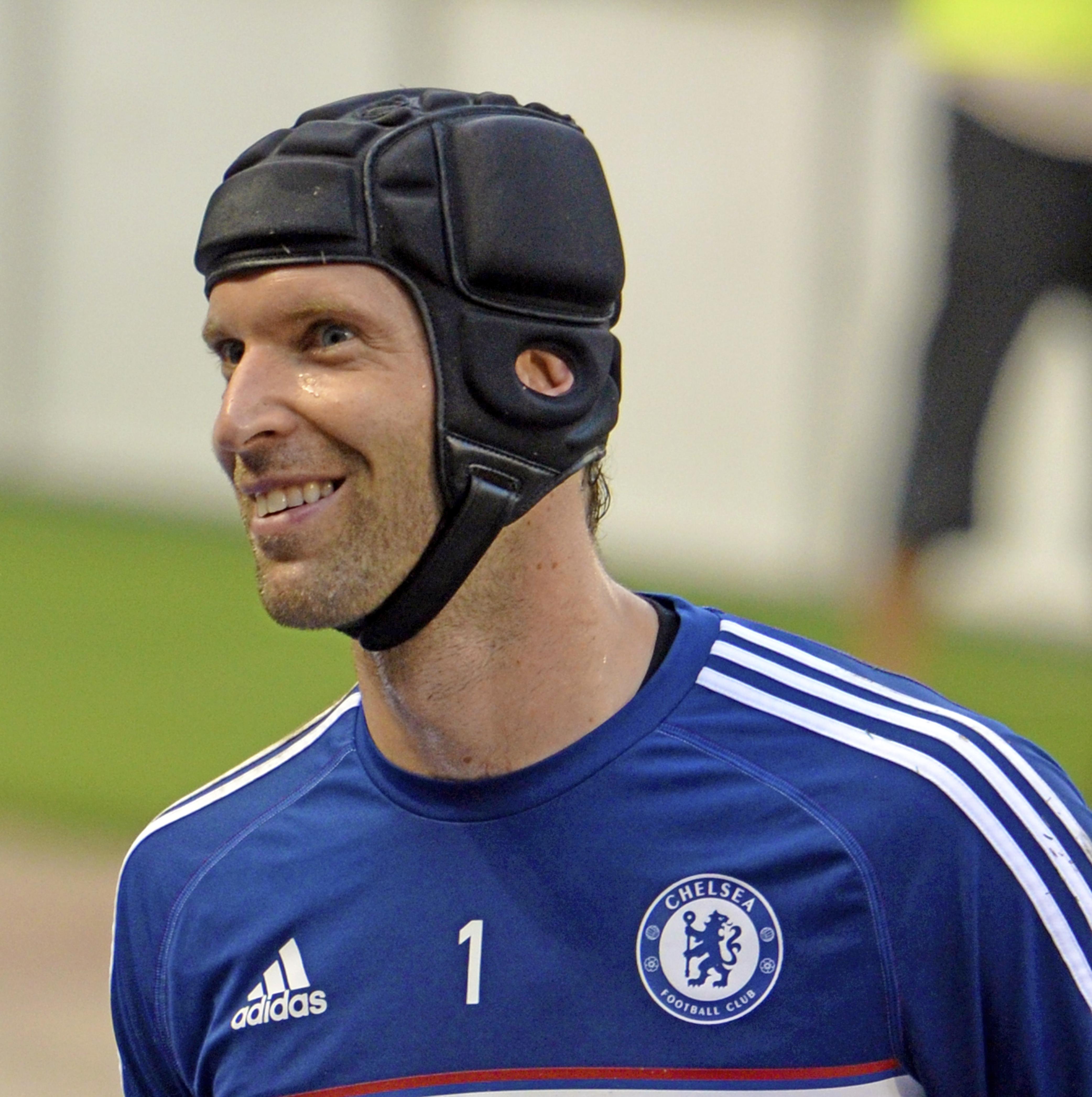 Il 38-anni 196 cm alto Petr Cech nel 2020