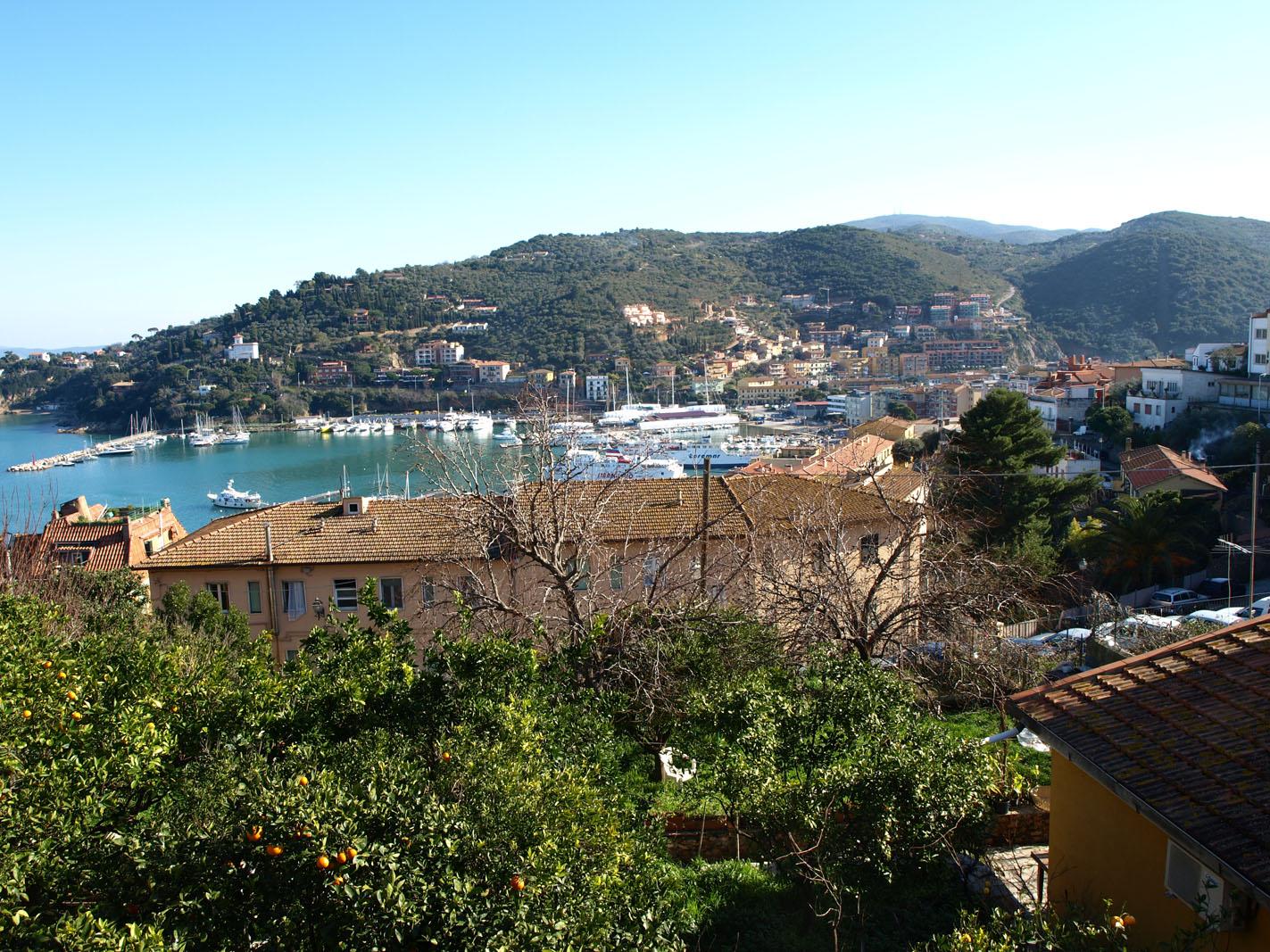 Porto S. Stefano - panoramio - Itto Ogami.jpg