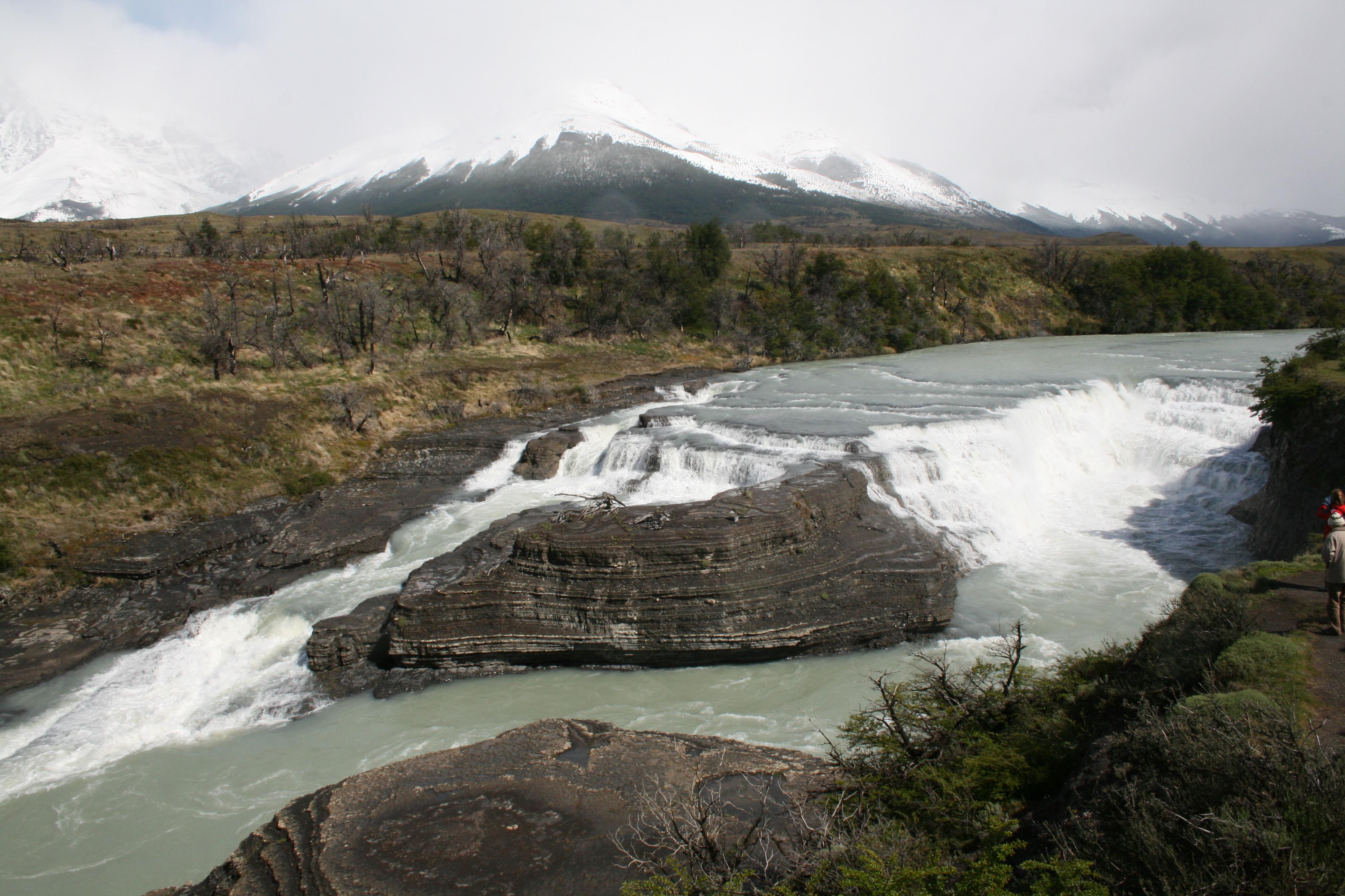 File:Río Glaciar, Parque Nacional Torres del Paine, Chile ...