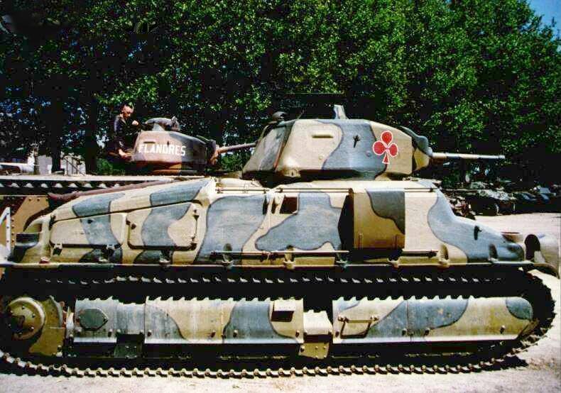 SOMUA-S35-2.jpg