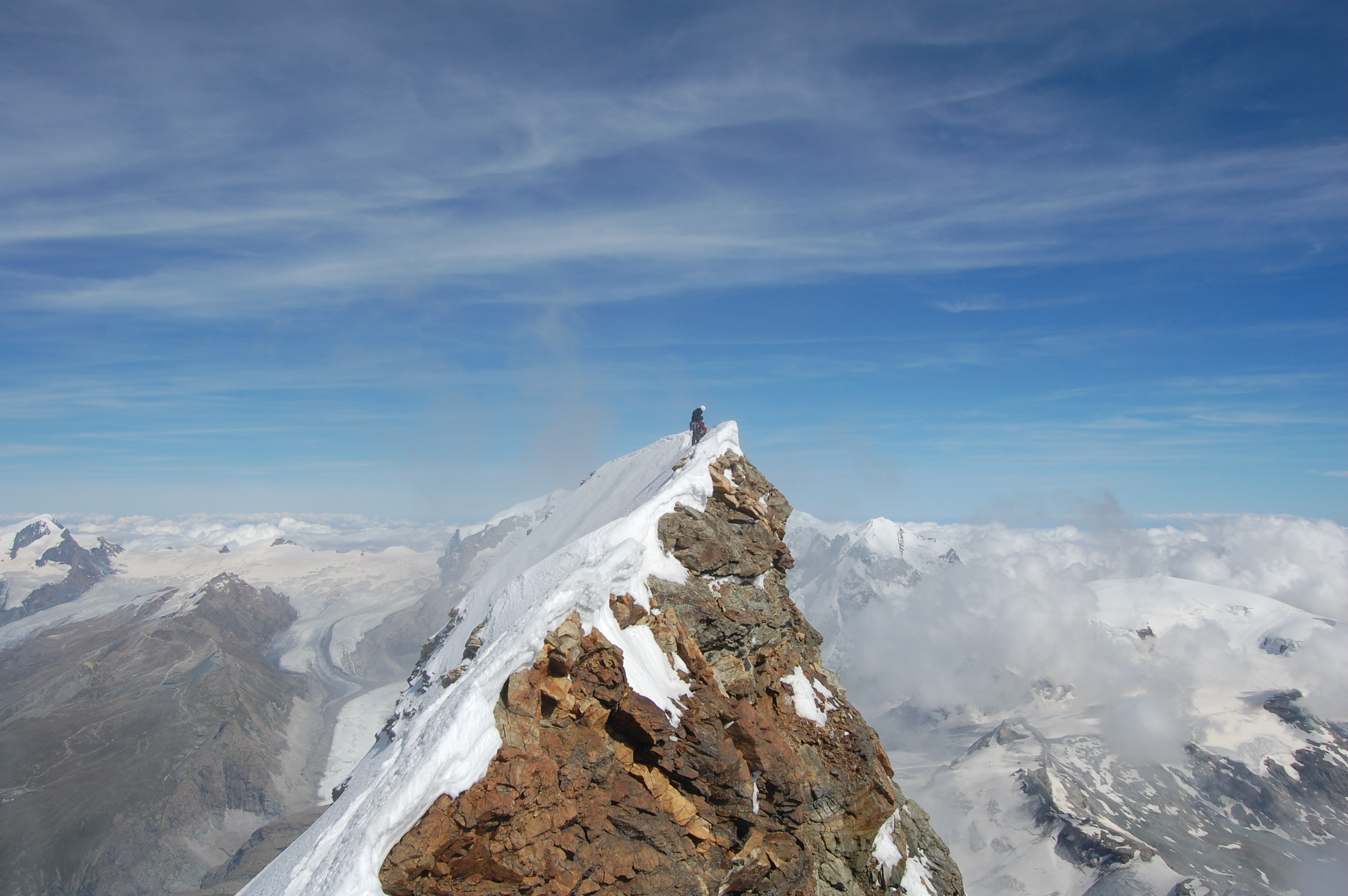File:Summit of the Matterhorn.jpg - Wikimedia Commons