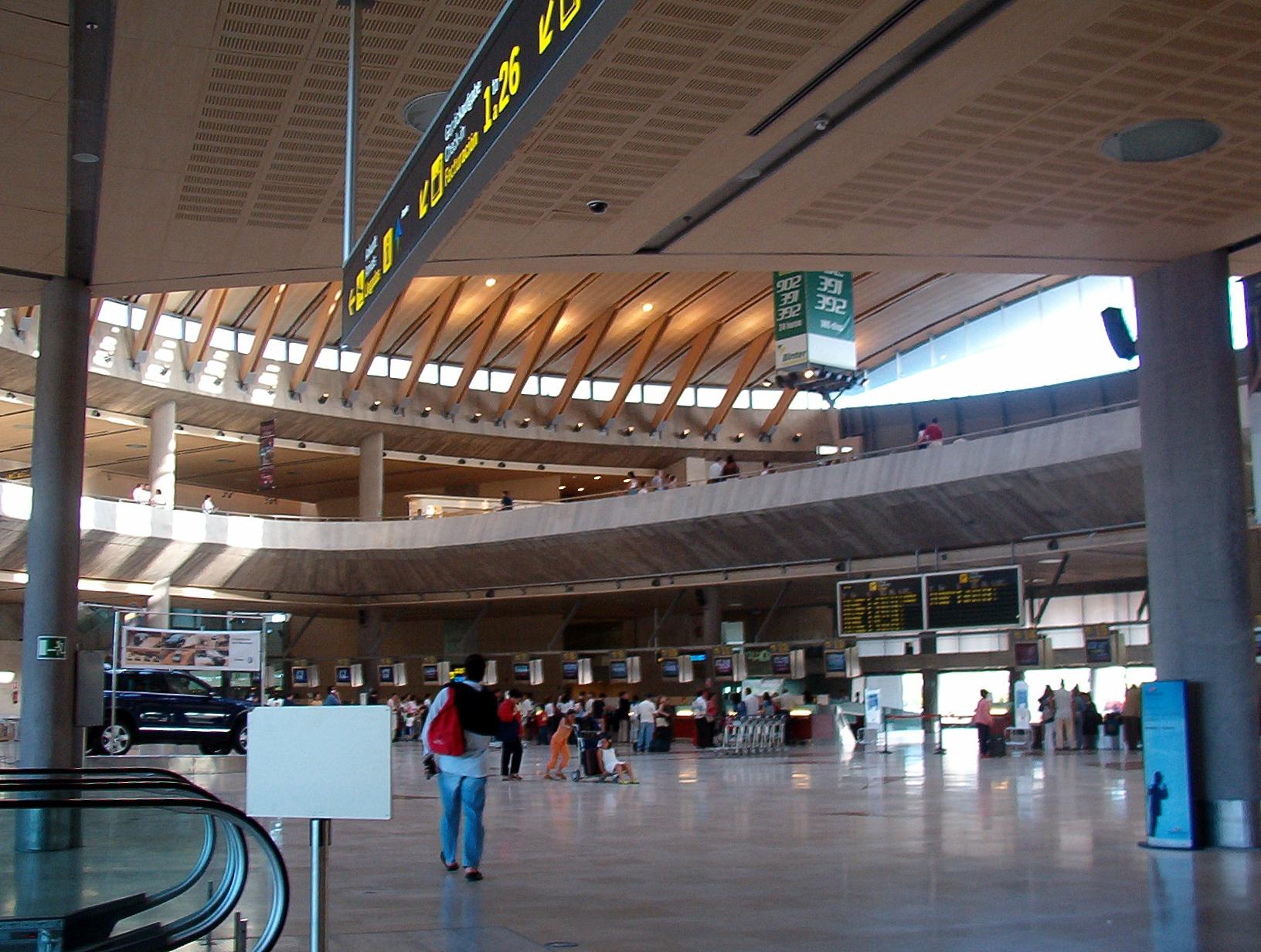 فرودگاه تنریف شمالی