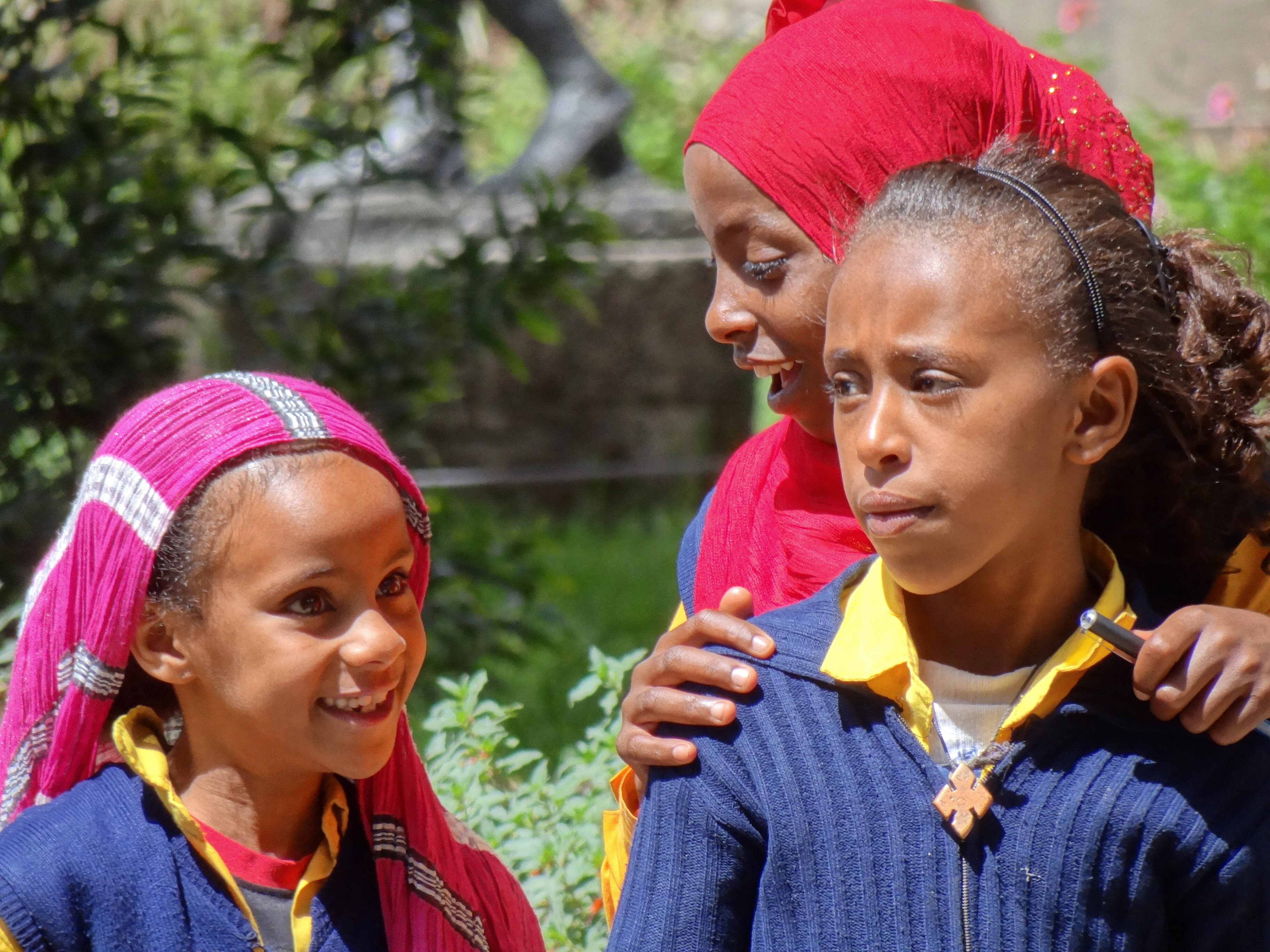 File:Trio of Girls outside National Museum of Ethiopia