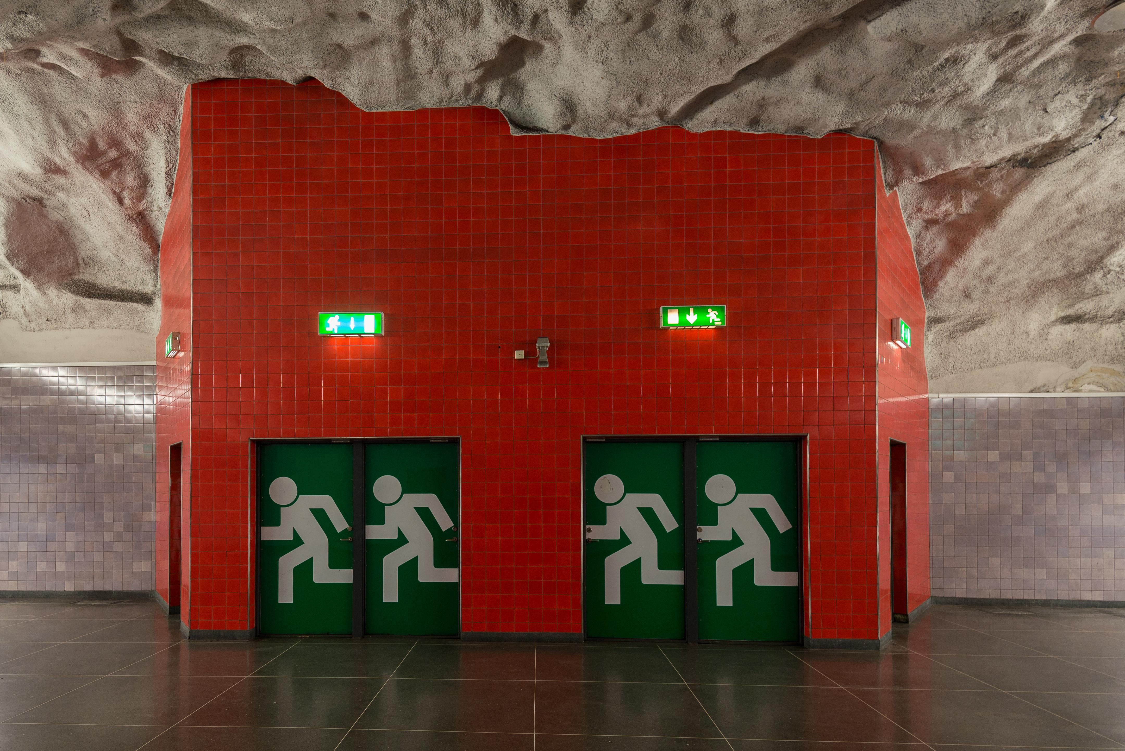 Emergency exit - Wikipedia