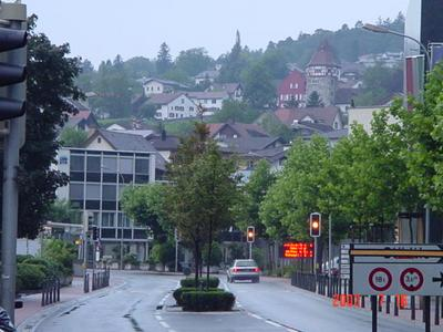 https://upload.wikimedia.org/wikipedia/commons/8/88/Vaduz_centre.jpg