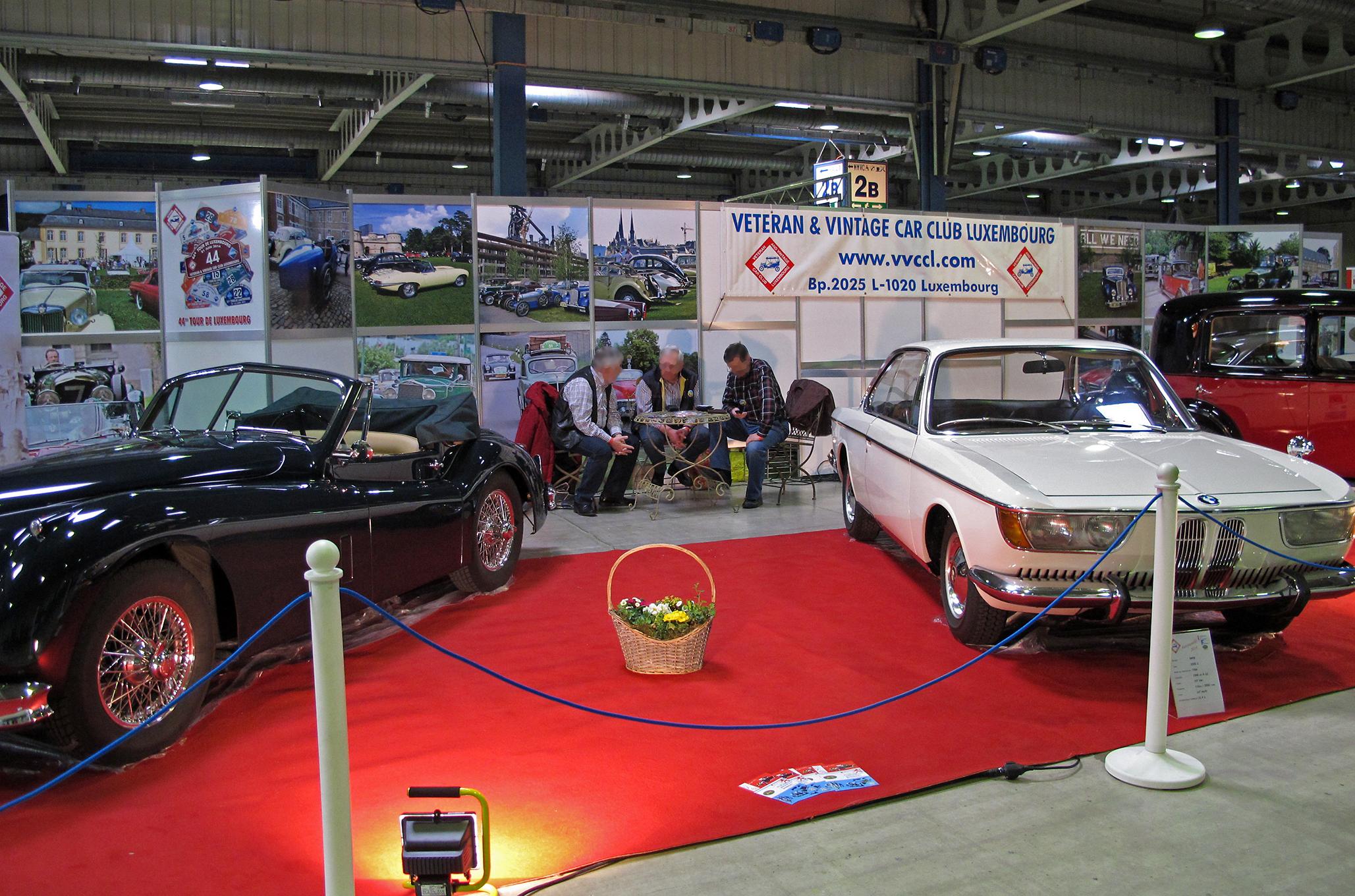 File:Veteran & Vintage Car Club Luxembourg, Autojumble 01.jpg ...