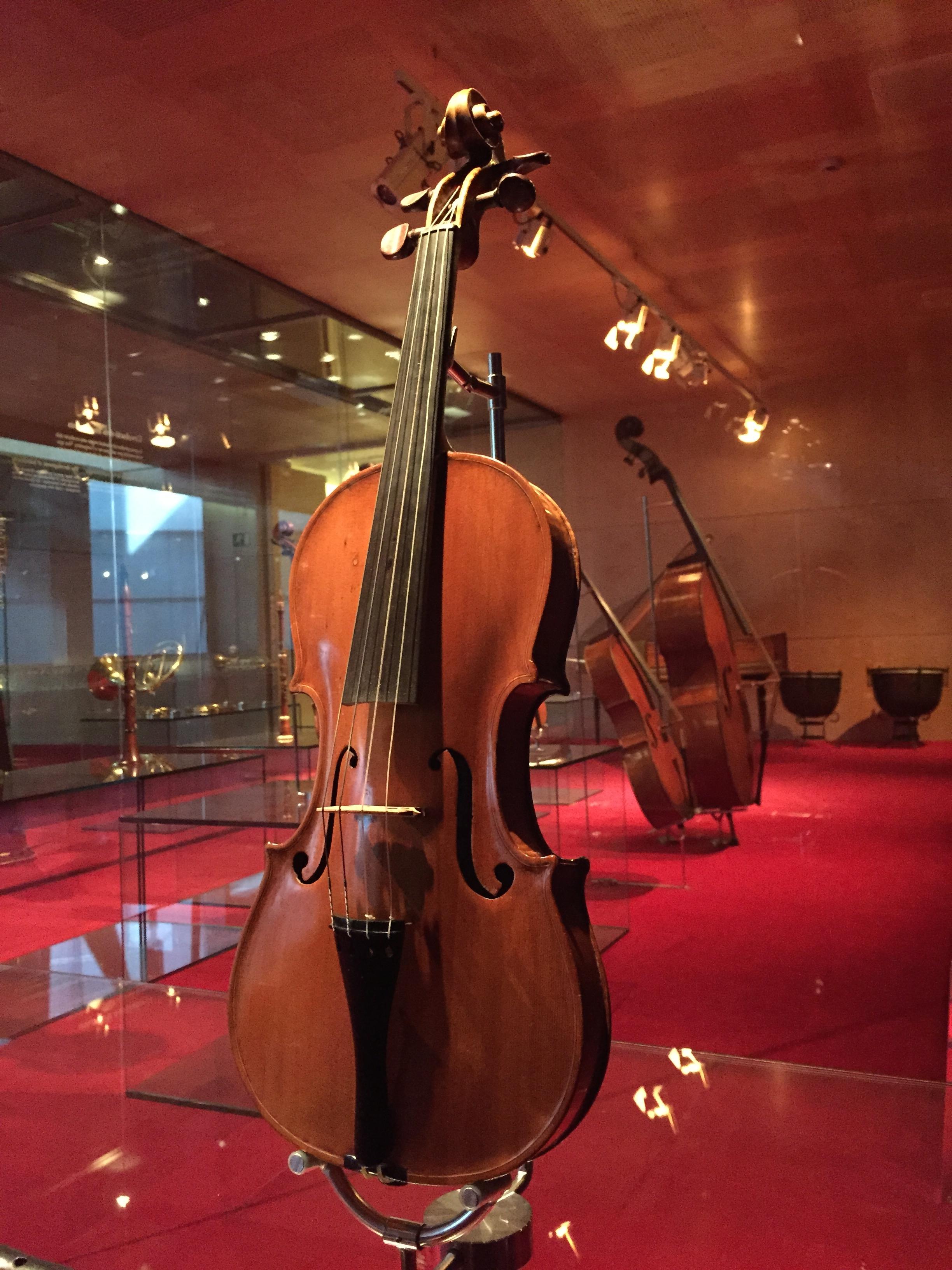 Violin of Joseph Contreras, 1741, [[Museu de la Música de Barcelona