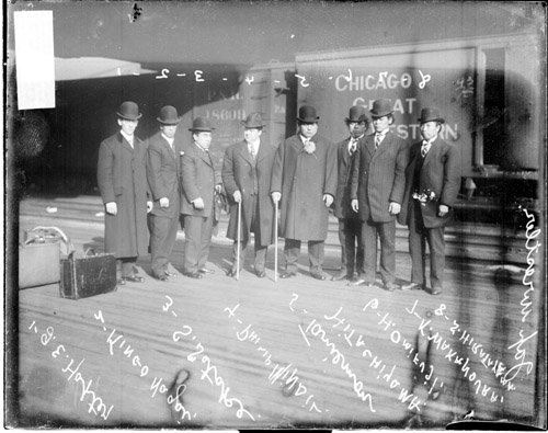 Wrestlers_Chicago_1907.jpg