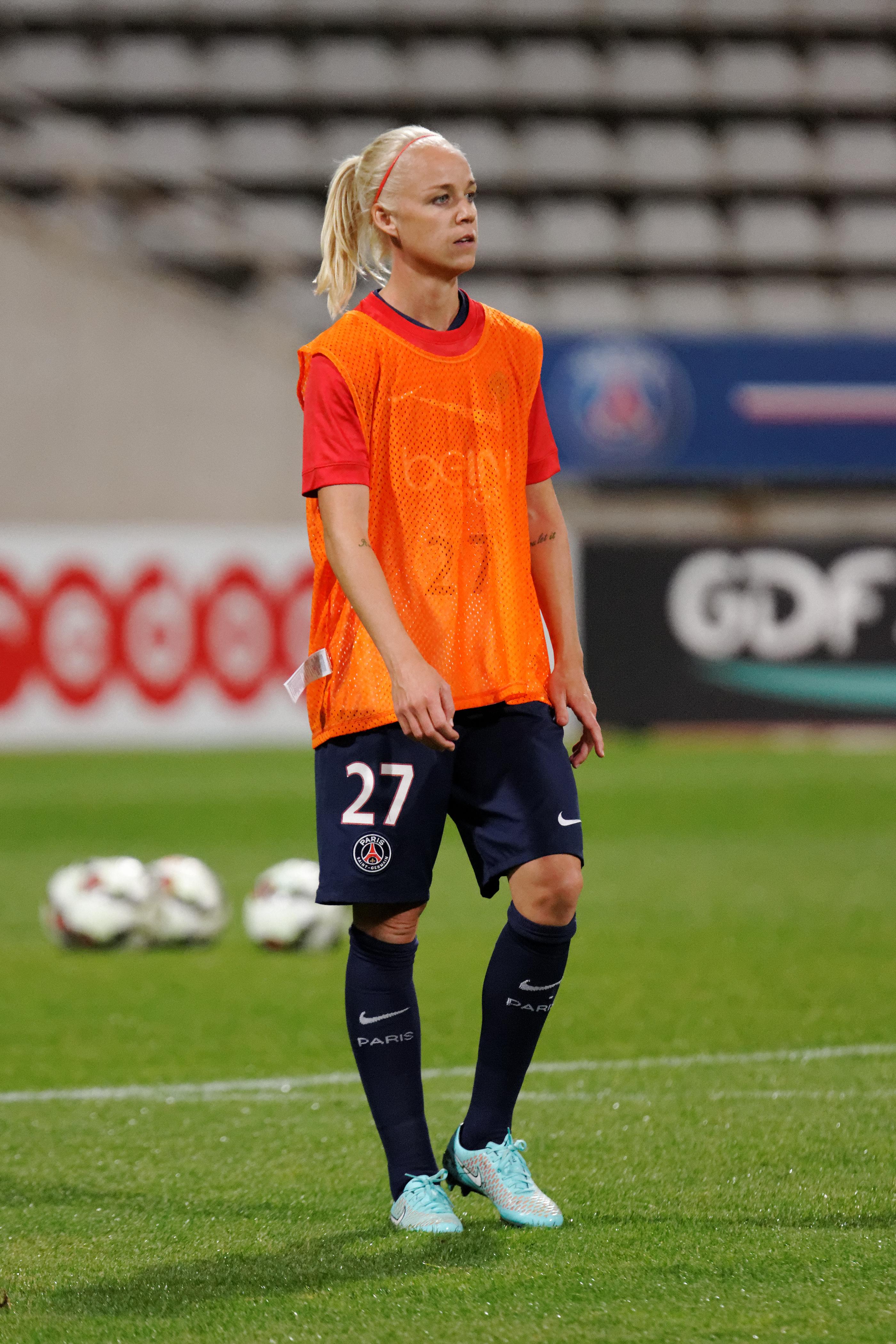 File:20141015 - PSG-Twente - Caroline Seger 03.jpg - Wikimedia Commons