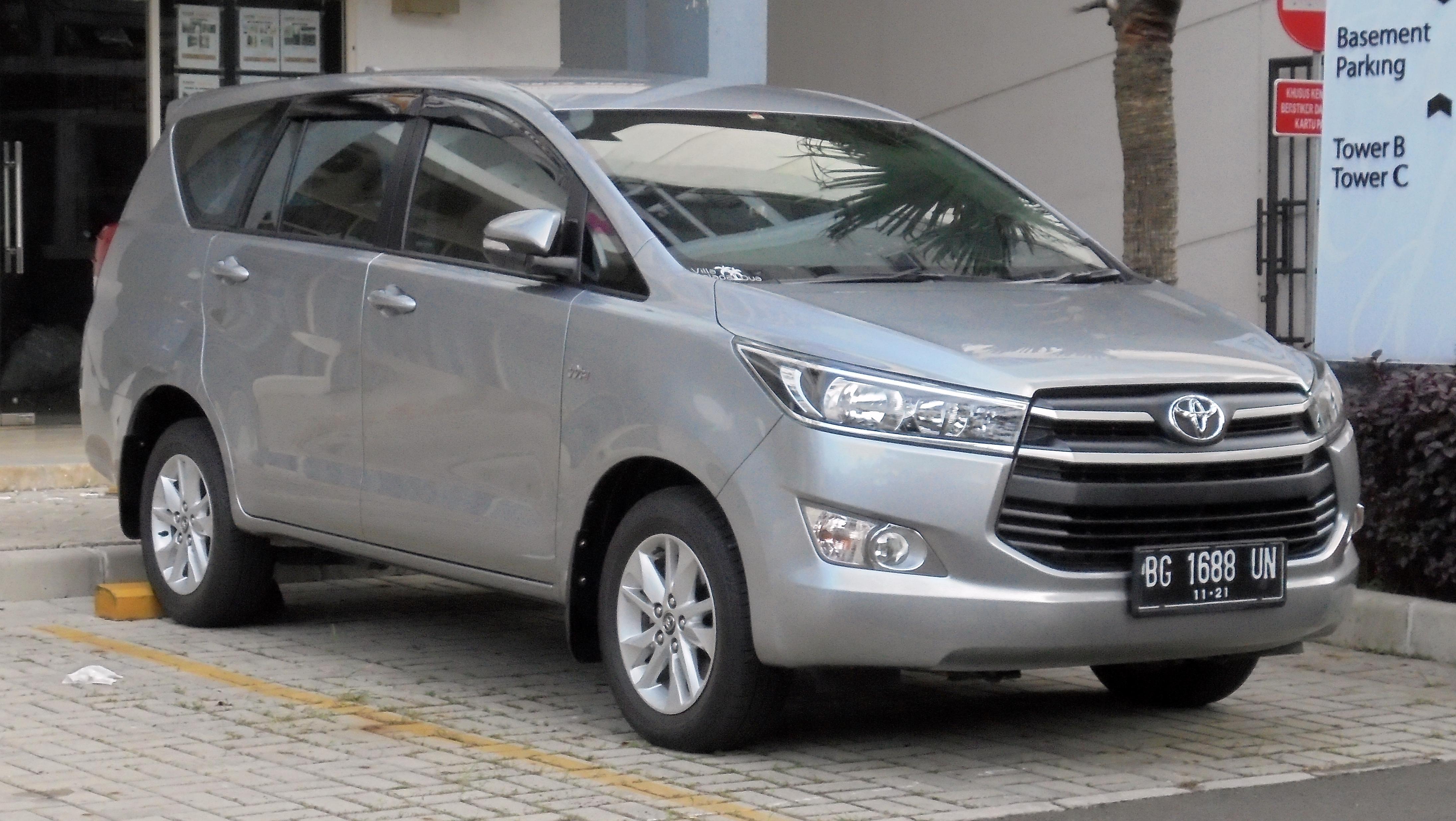 File:2016 Toyota Kijang Innova 2.0 G Wagon (TGN140R; 12-15