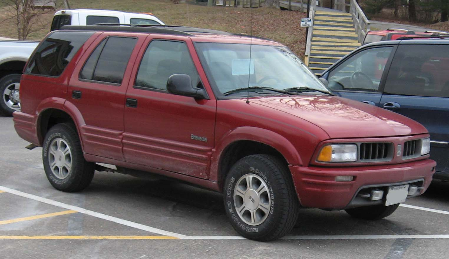 Oldsmobile Bravada Truck 98-01 Oldsmobile Bravada.jpg