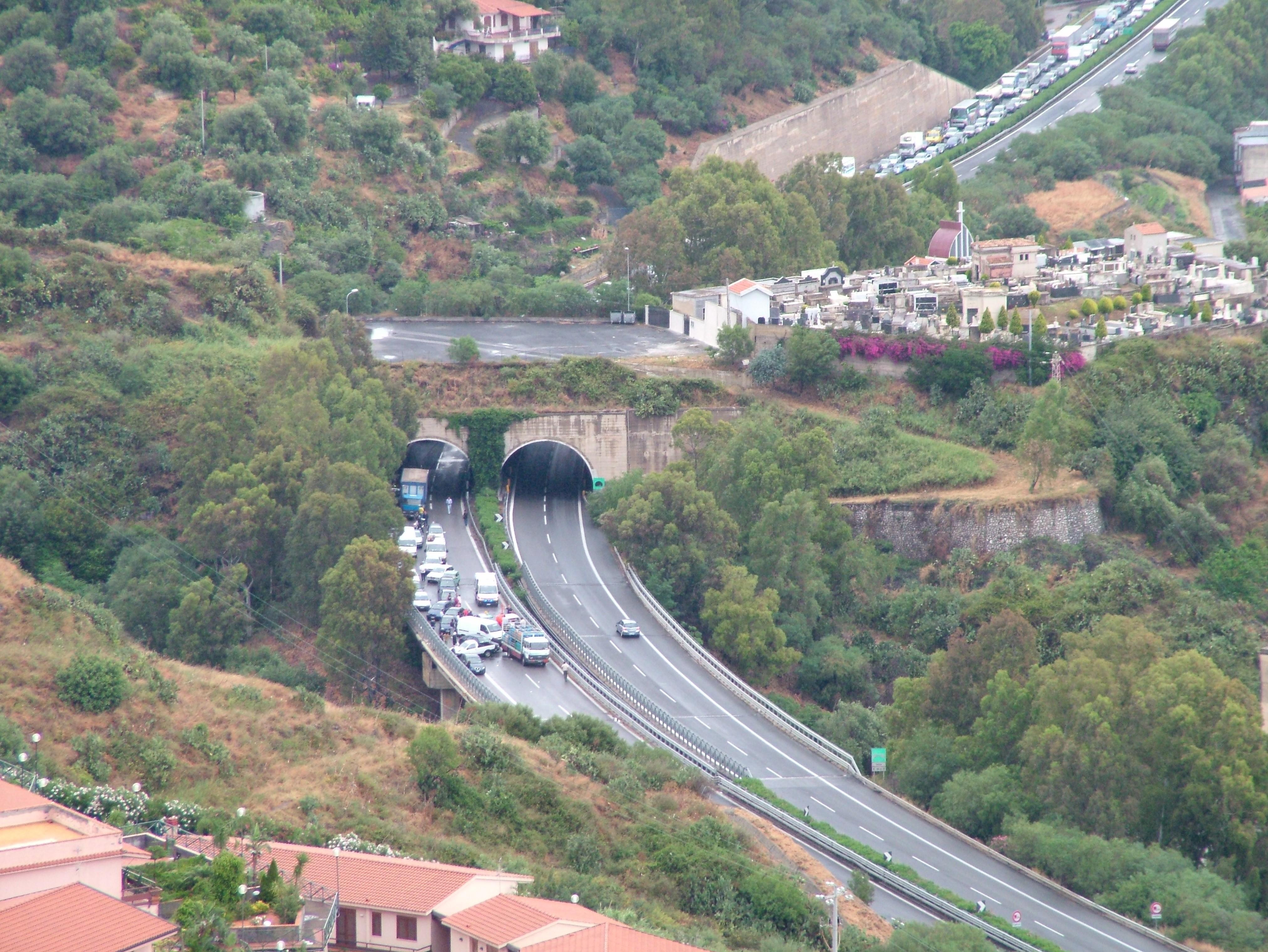 Unfall Italien Autobahn