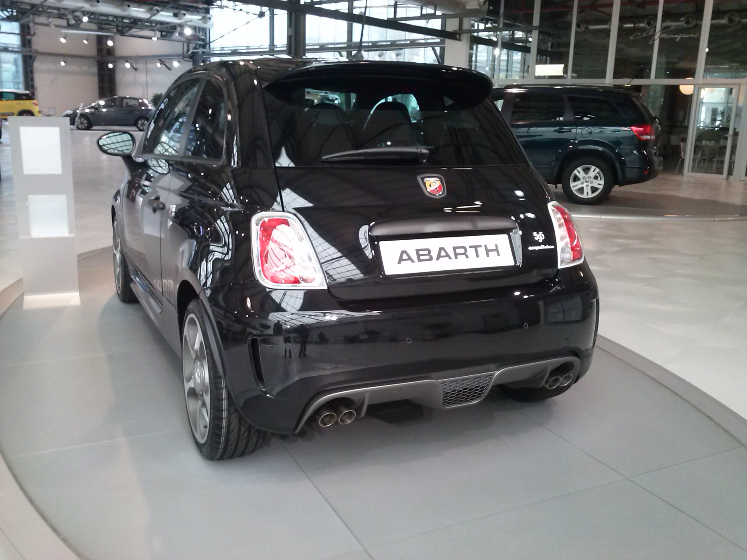 file abarth 595 competizione wikipedia. Black Bedroom Furniture Sets. Home Design Ideas