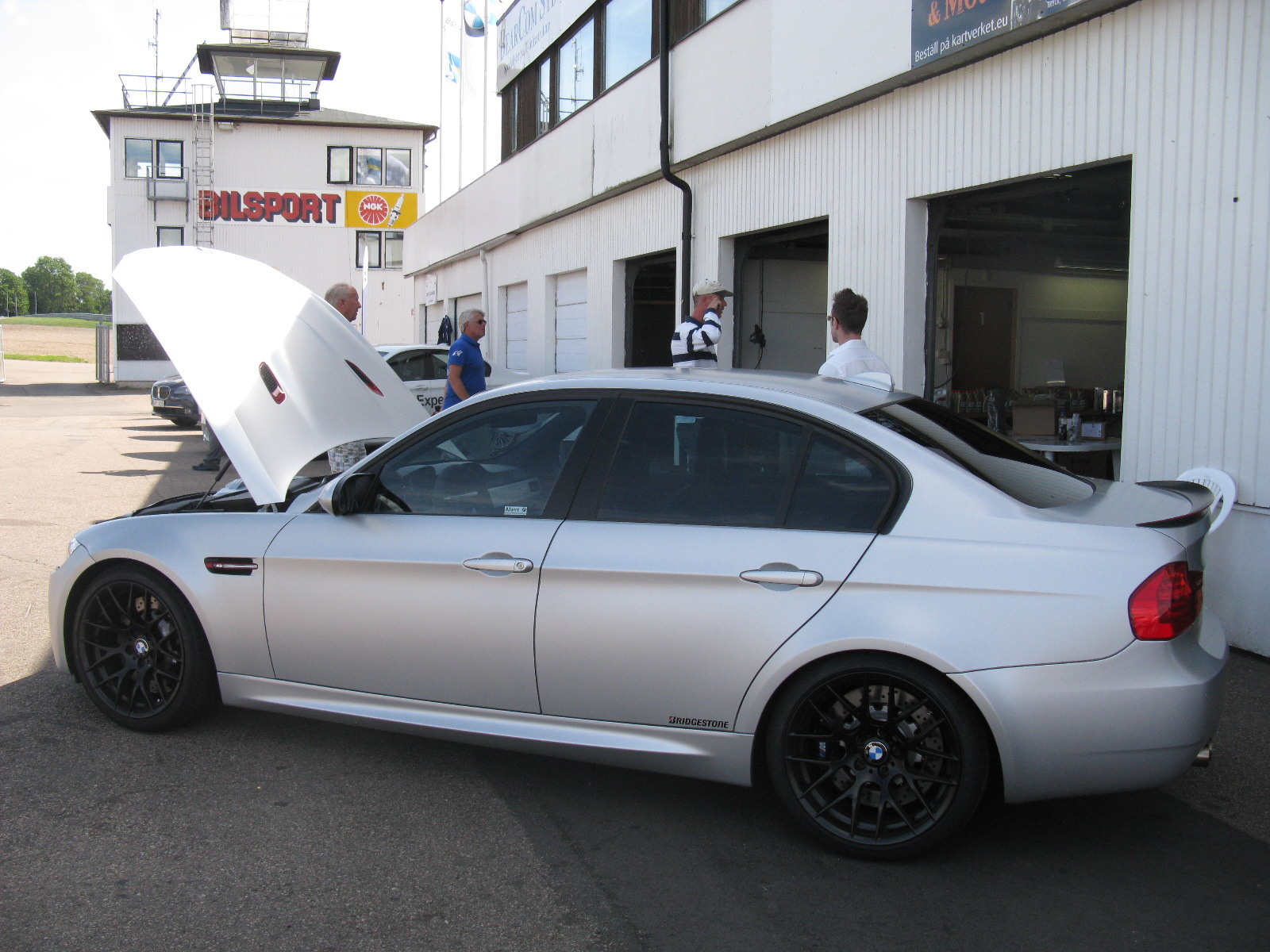 File:BMW M3 CRT E90 (7720128266).jpg - Wikimedia Commons