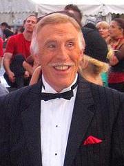 Bruce Forsyth1 (cropped)