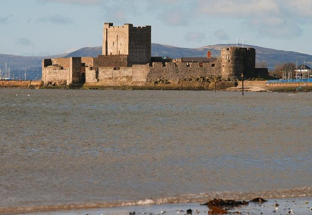 File:Carrickfergus Castle (2) - geograph.org.uk - 733522.jpg