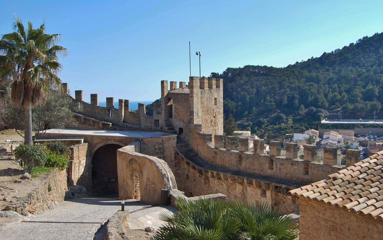 File:Castell de Capdepera - 5.jpg