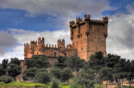 Resultado de imagen de castillo guadamur