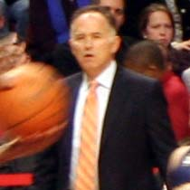 Coach Jim O'Brien Bulls vs Pacers 2009.jpg