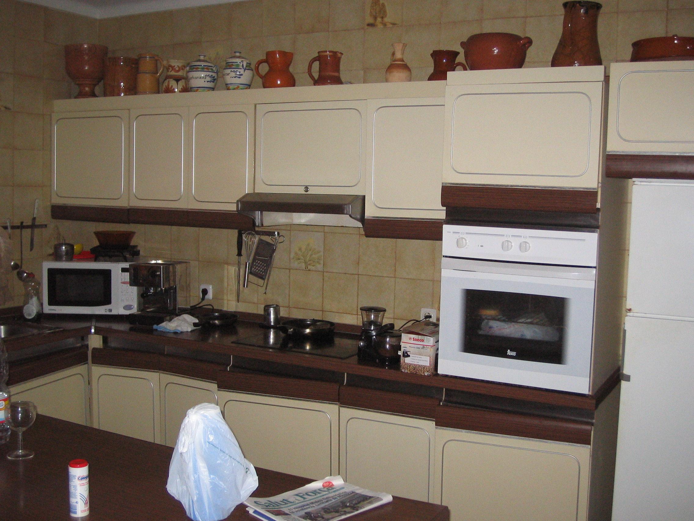 File cocina rafax jpg wikimedia commons - Como limpiar azulejos cocina ...
