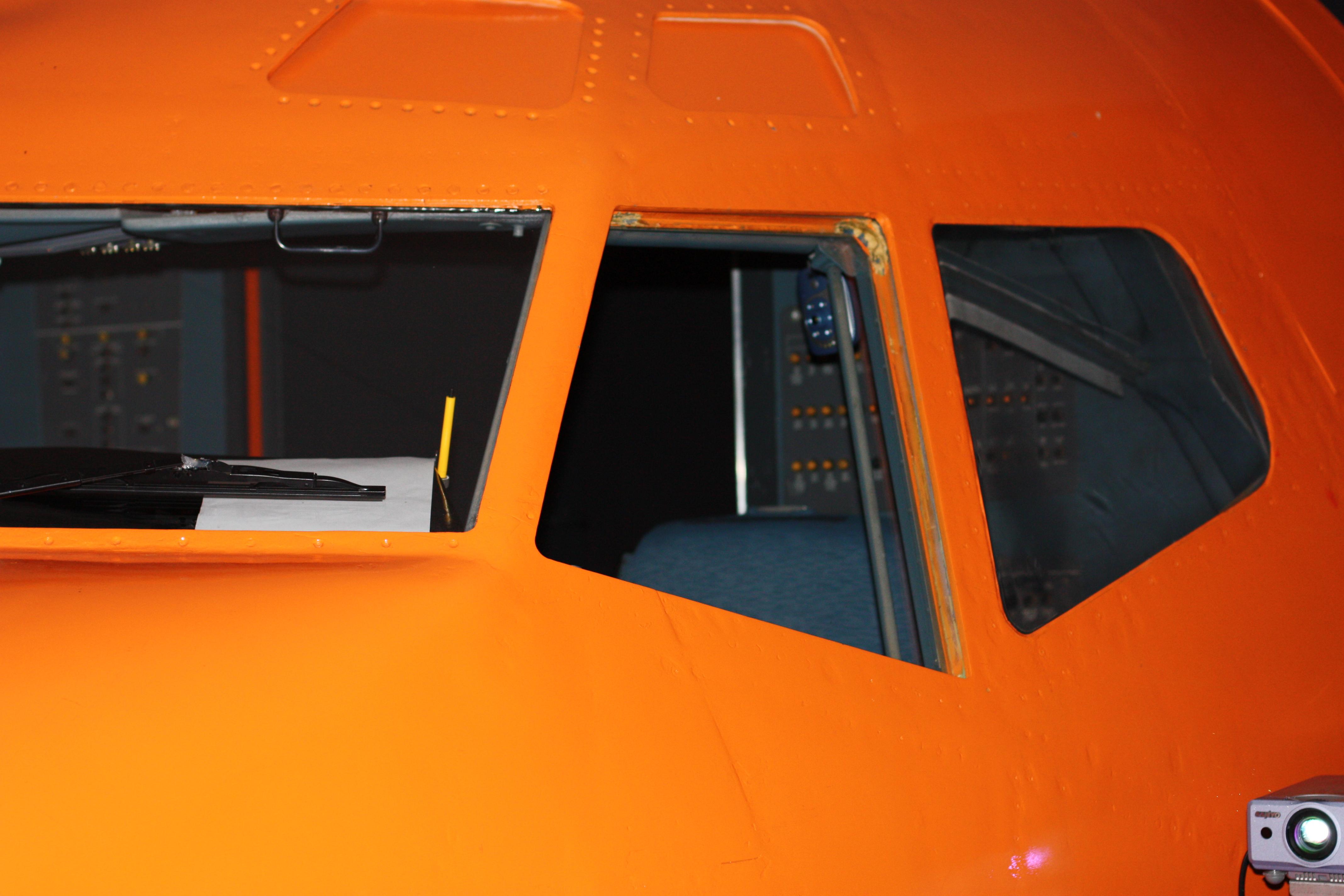 Cockpit_of_Boeing_737_700_Flight_Simulat