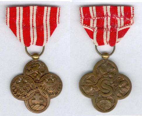 Czechoslovak War Cross 1914-1918.PNG
