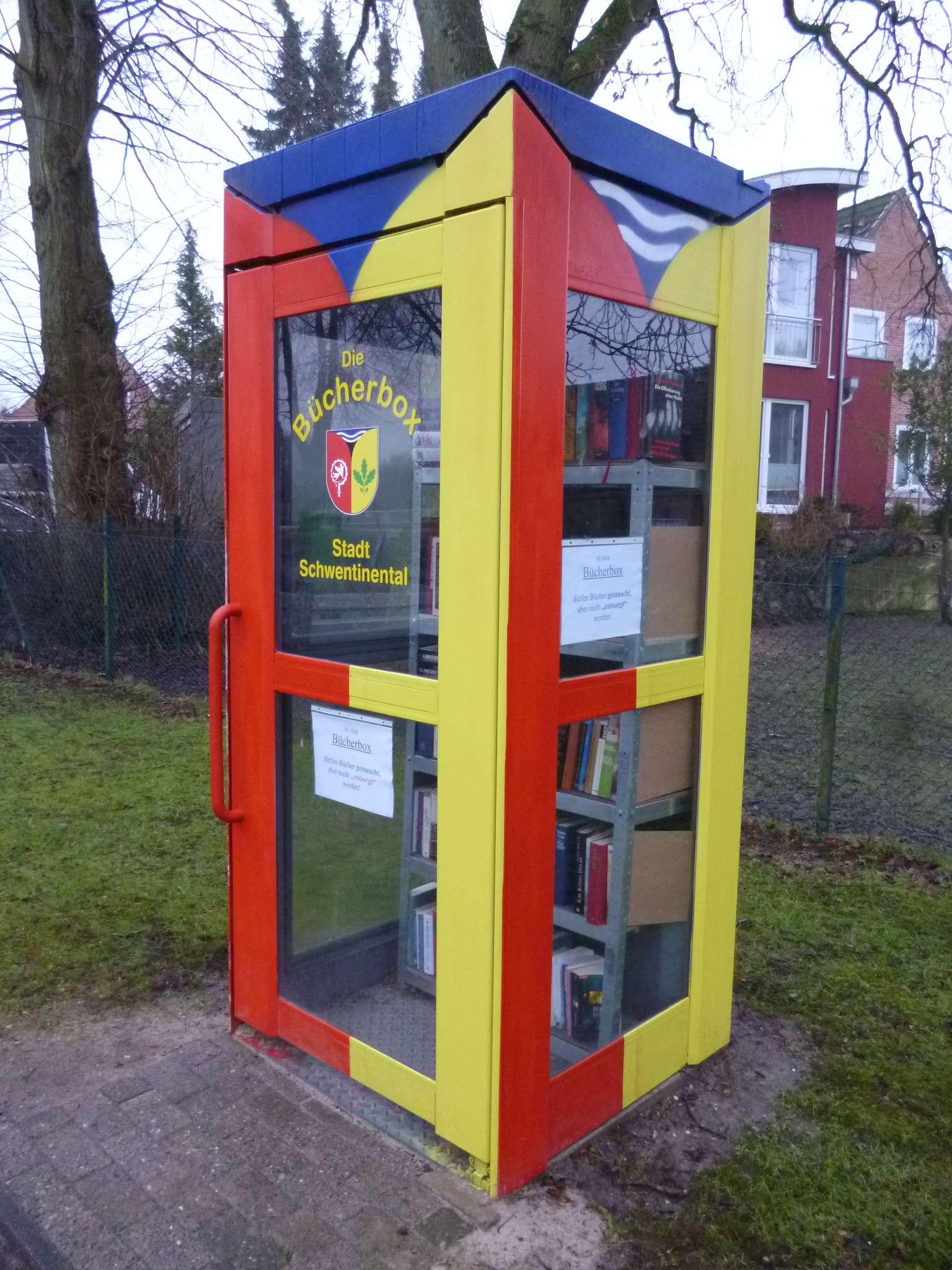 File:Die Bücherbox.jpg - Wikimedia Commons