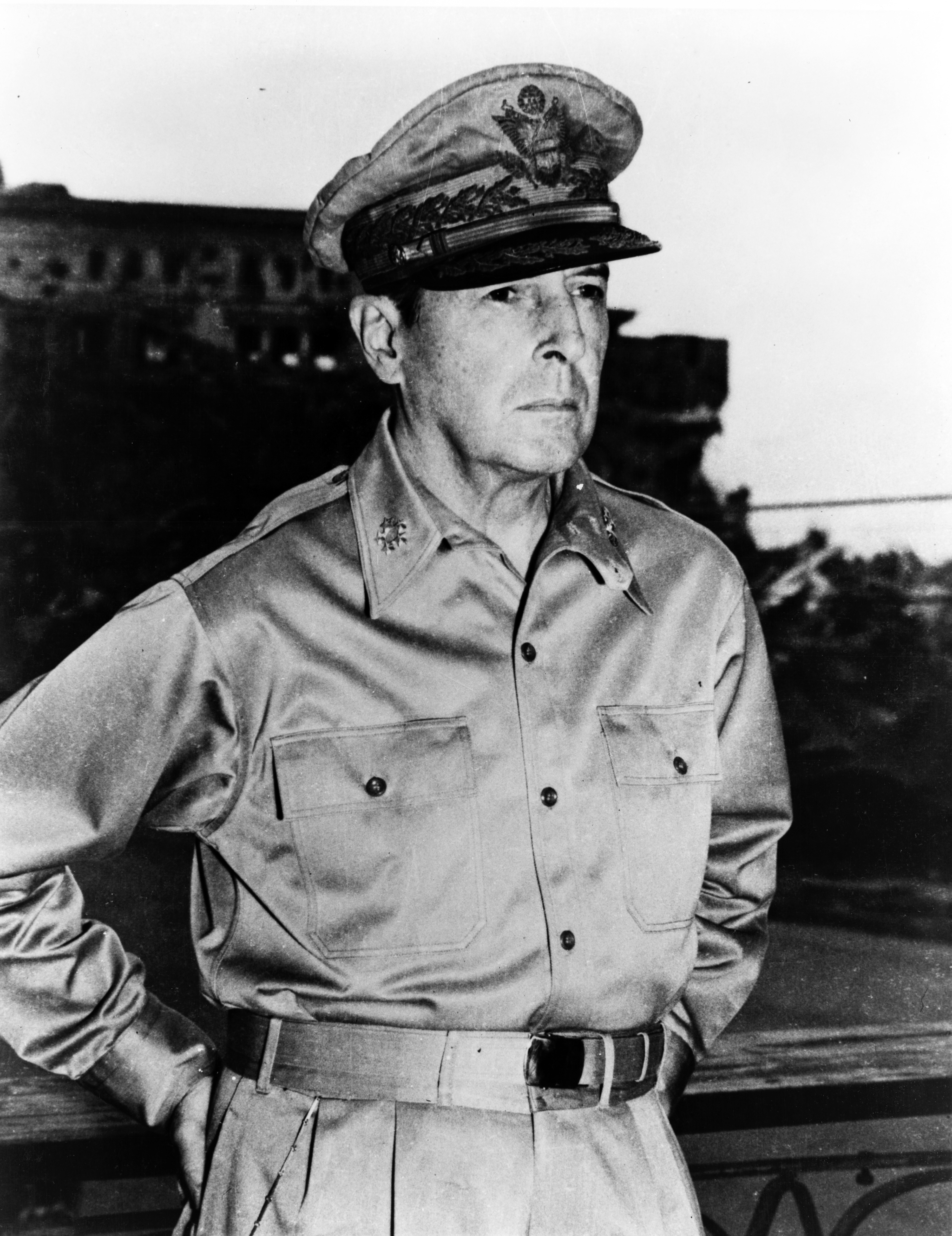 English: General Douglas MacArthur