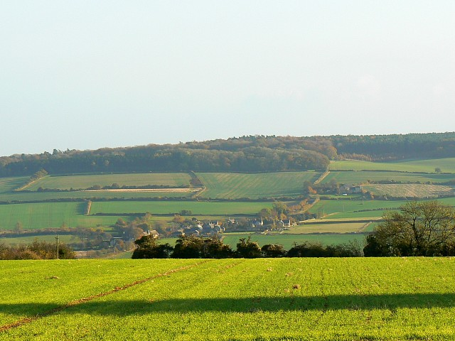 File:Farmland near Chadlington, Oxfordshire - geograph.org.uk - 606223.jpg