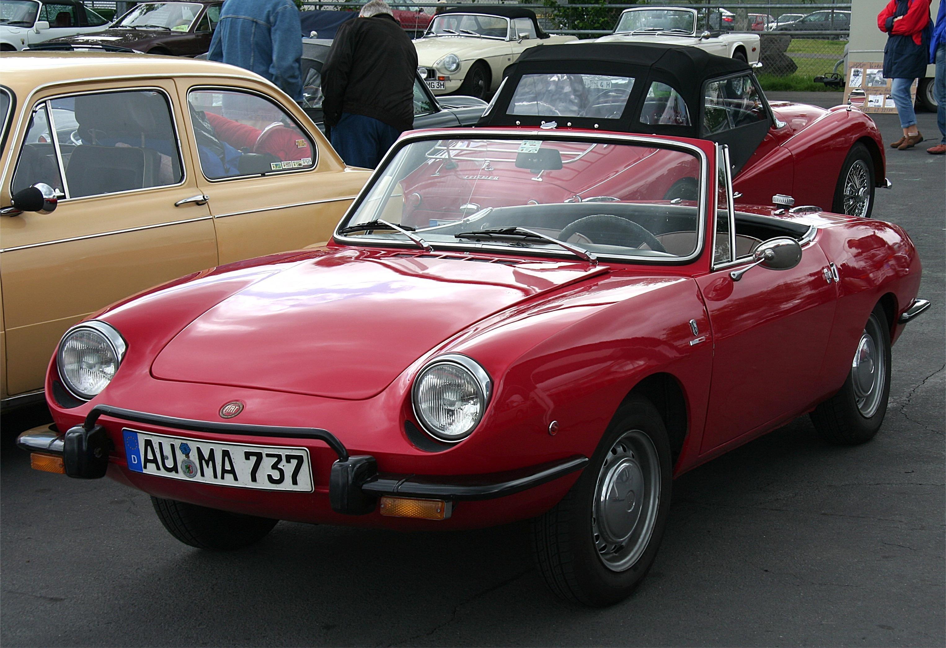 File:Fiat 850 Spider (16.06.2007).jpg - Wikimedia Commons