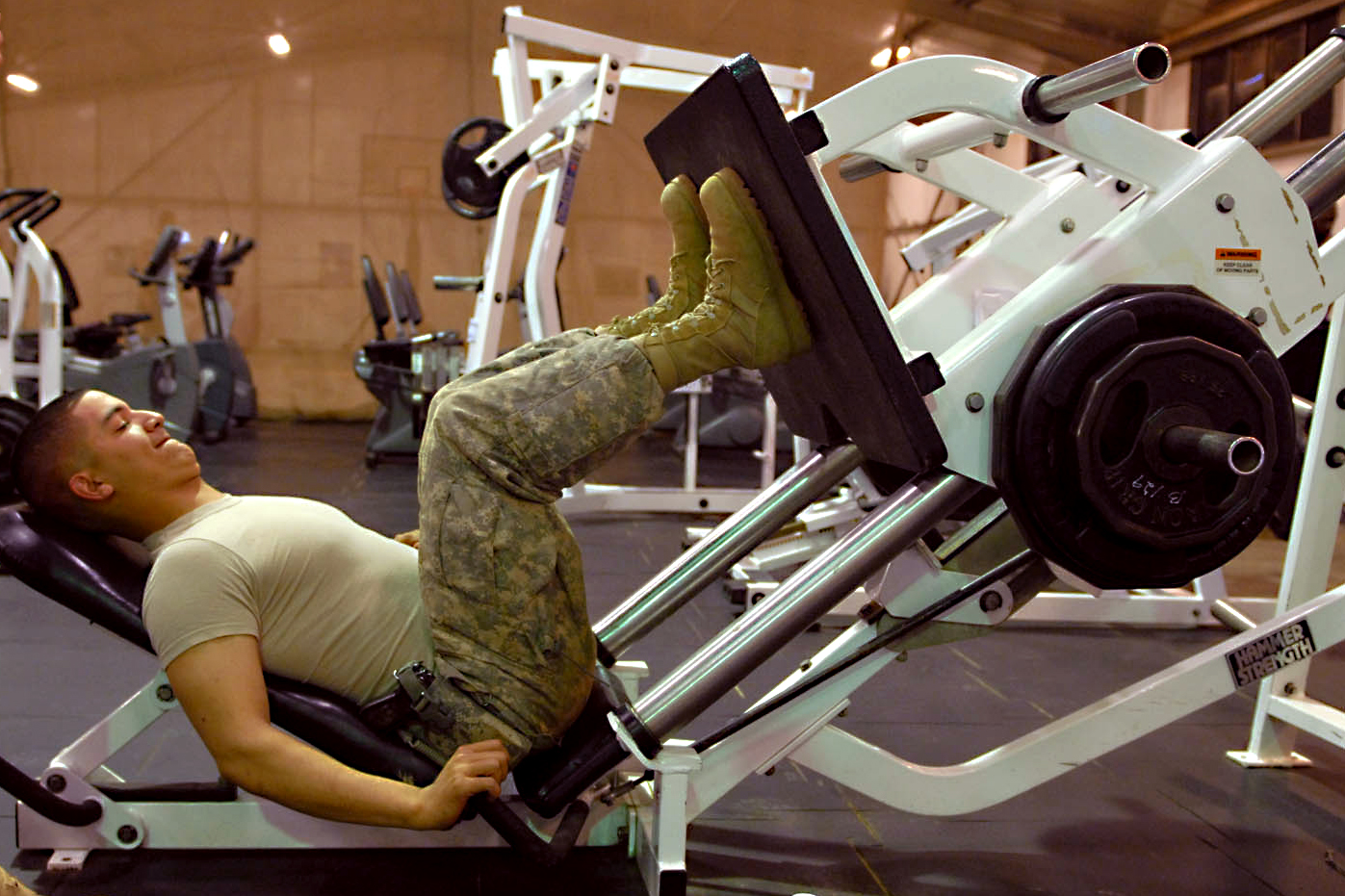 File flickr the u s army working out at air