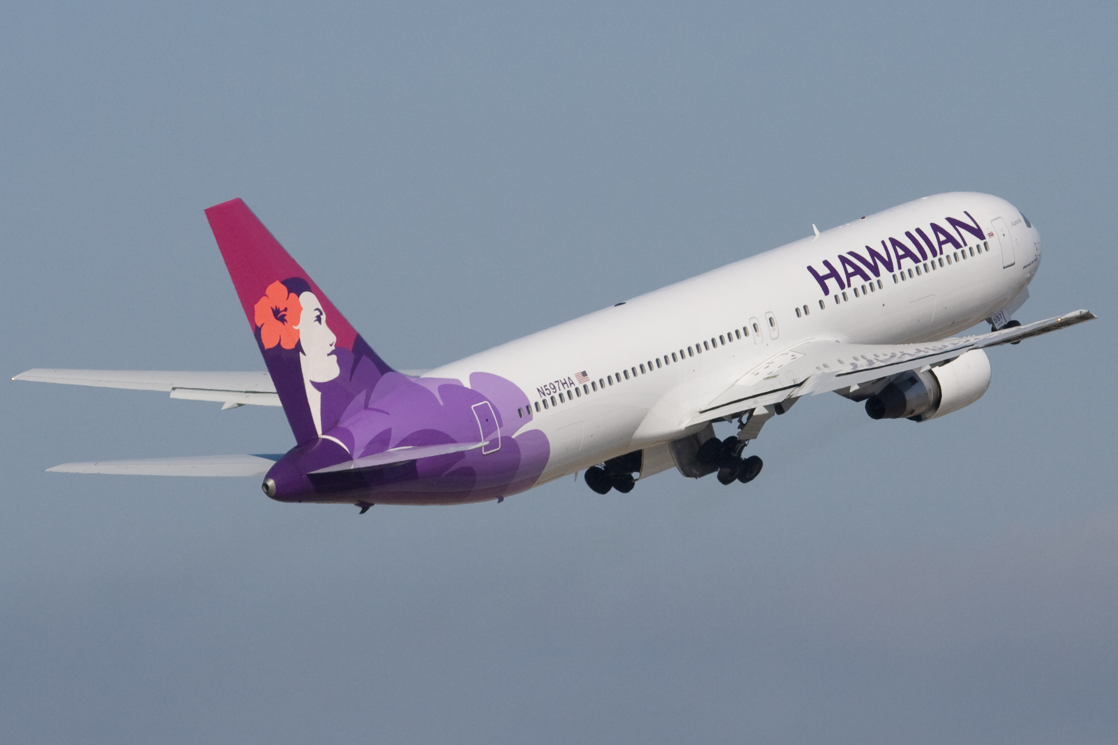 Download this Description Hawaiian Airlines Boeing Nha Taking Off picture
