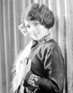 Joan Lowell American actress