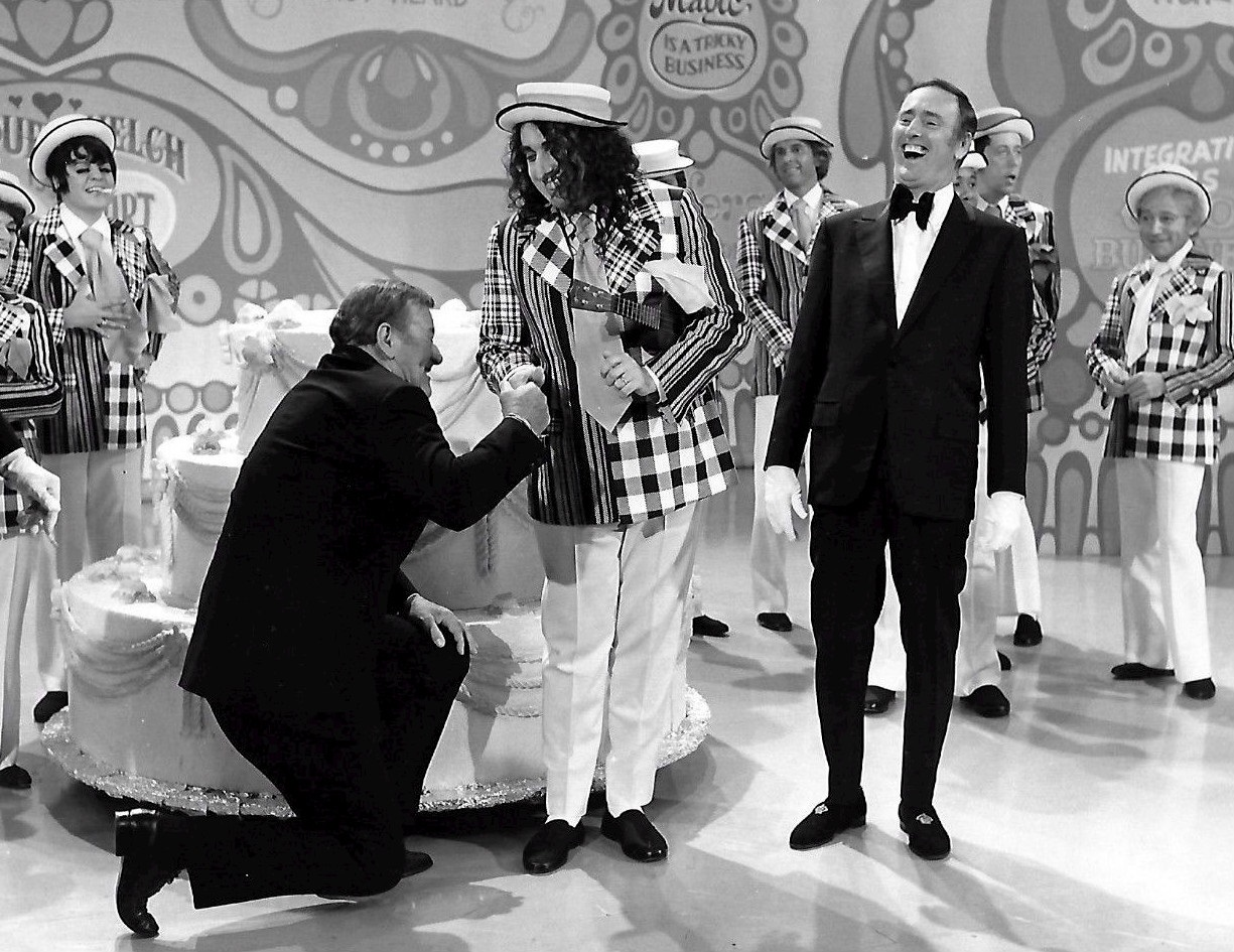 John_Wayne_Tiny_Tim_Laugh_In_1971