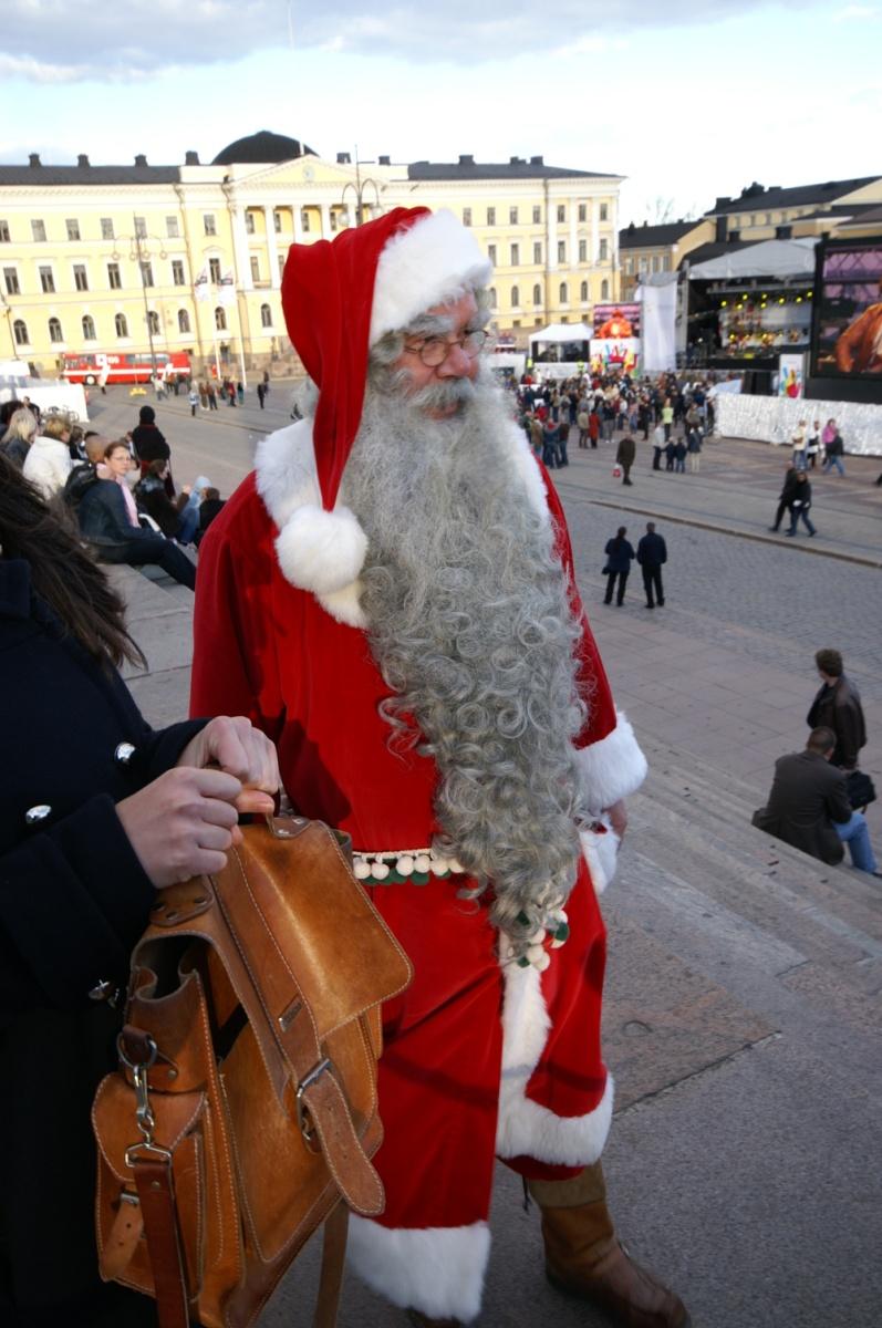 Finland Christmas Goat.Joulupukki Wikipedia
