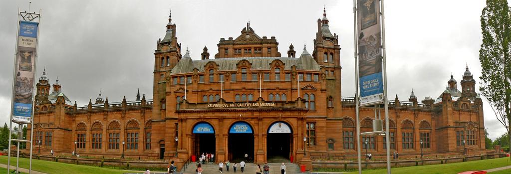 Museu E Galeria De Arte De Kelvingrove Wikip 233 Dia A