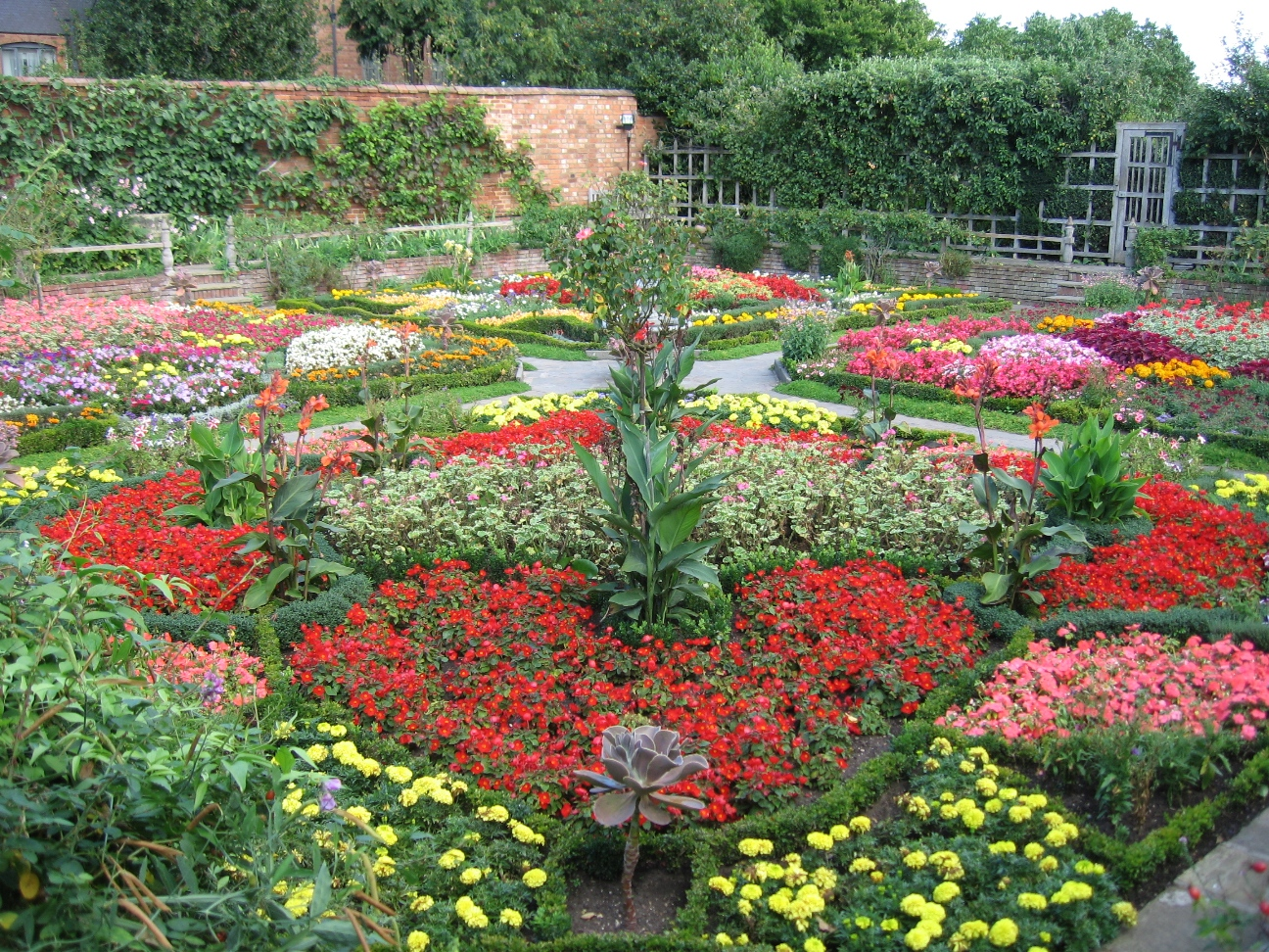 File Knot Garden At New Place Stratford Upon