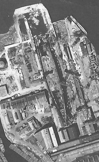 KronshtadtUnderConstruction1June1942.jpg