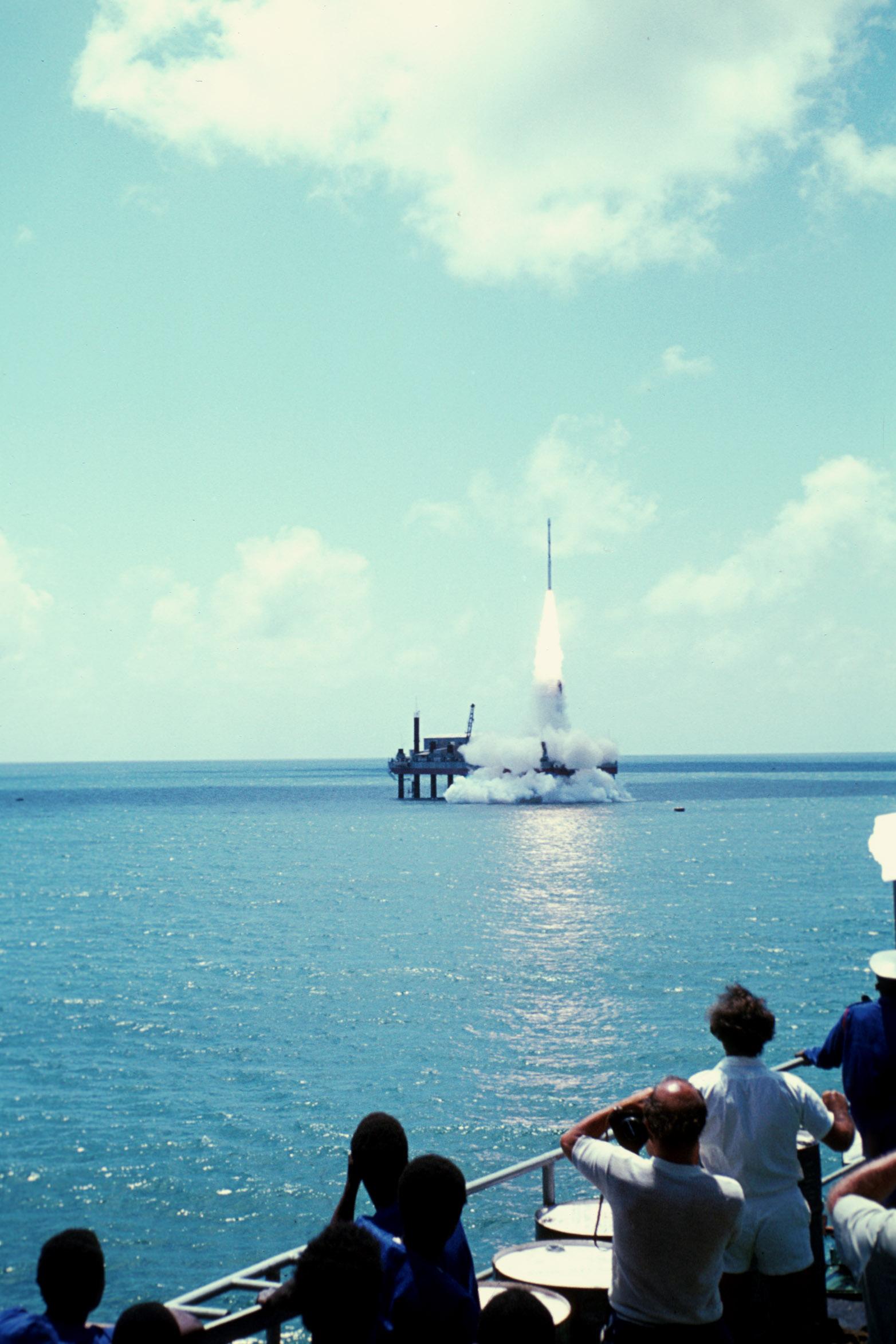 File:Lancio Ariel 5.jpg - Wikimedia Commons