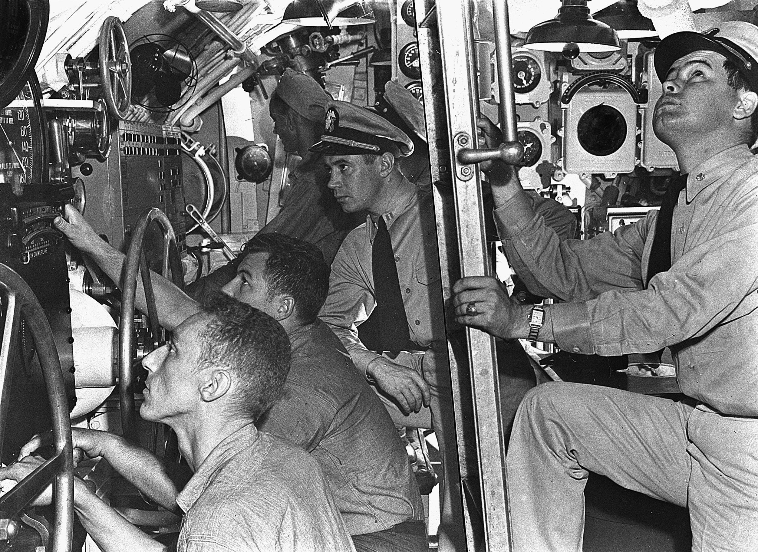 U-Boot-Kontrollraum auf USS Muskallunge (SS-262)