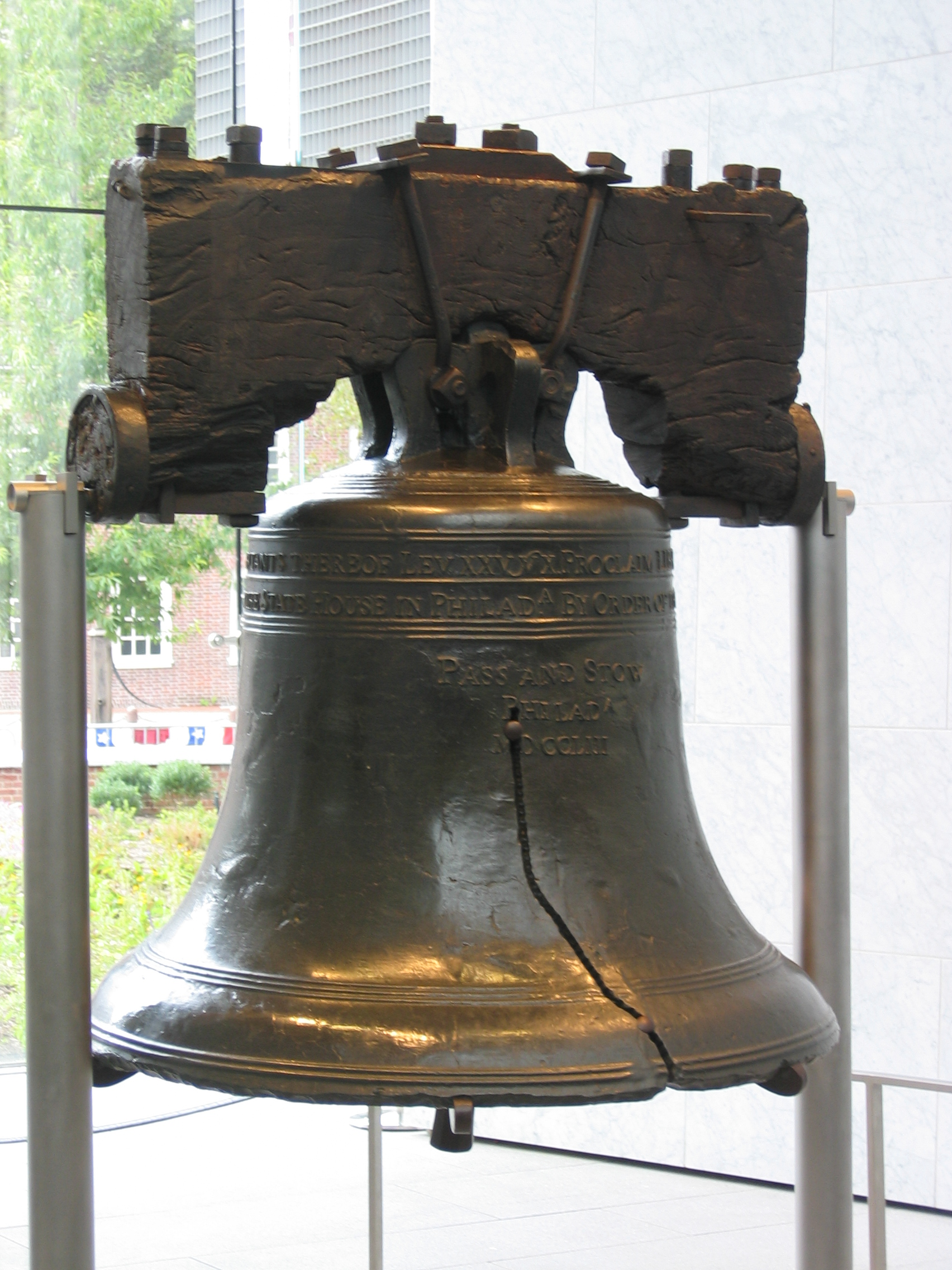 Liberty bell 1704 2272 holidays 4th of july for Todays furniture philadelphia