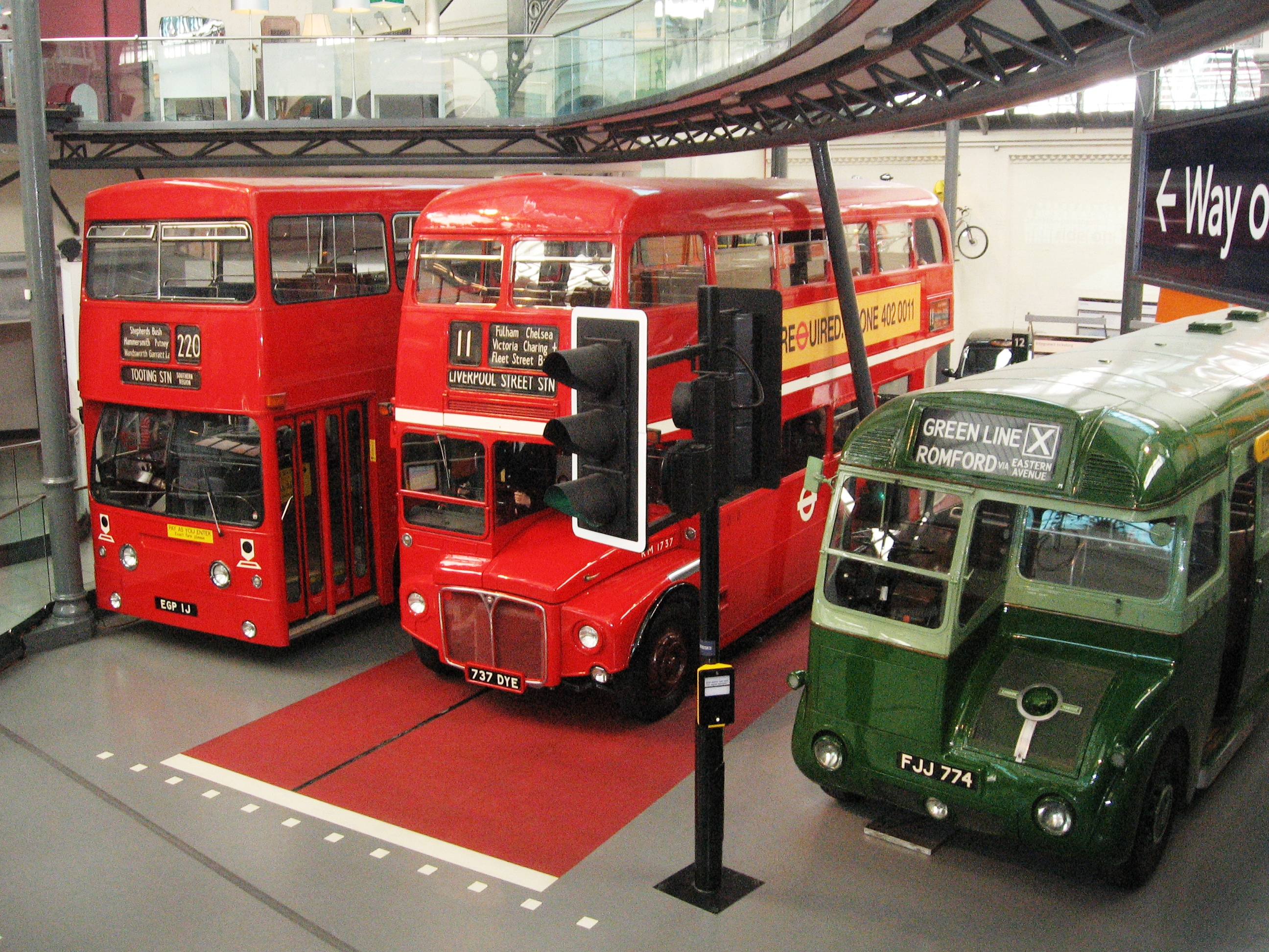 File:London Transport Museum buses 13 June 2010.jpg - Wikimedia ...