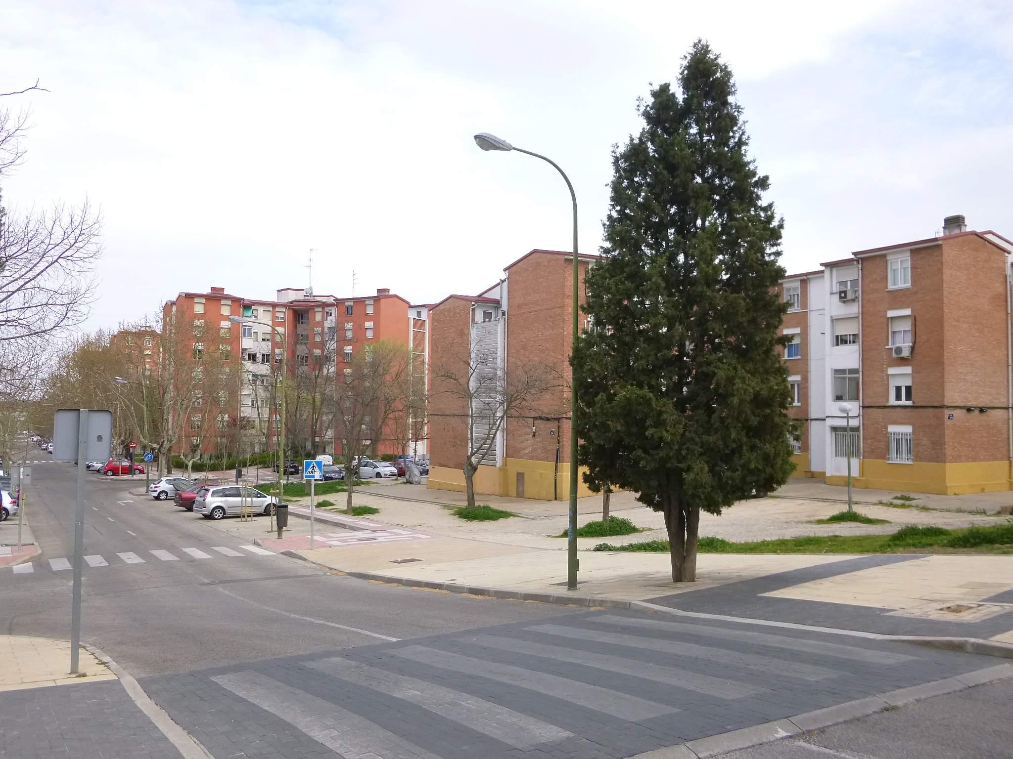 File madrid barrio de rejas ciudad pegaso 1 jpg - Ciudad pegaso madrid ...