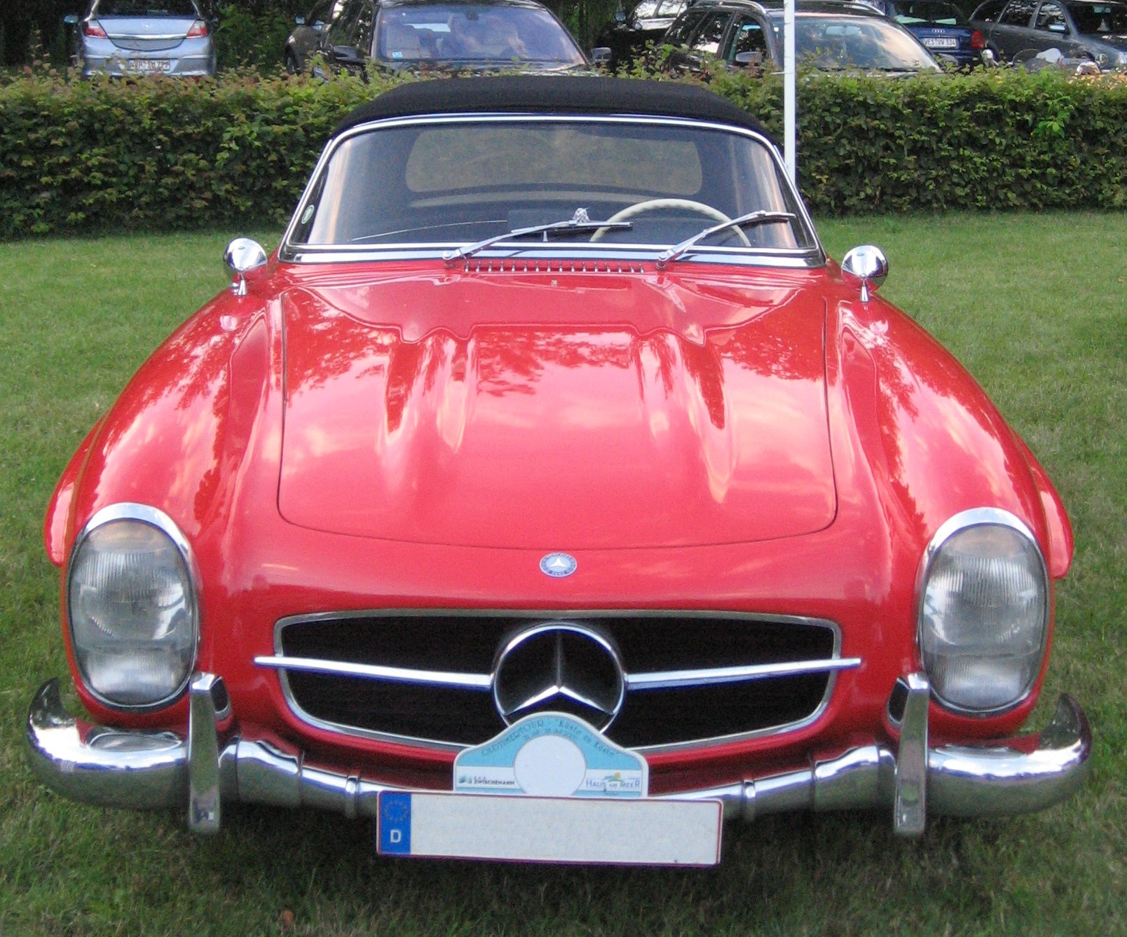 File Mercedes Benz 300 SL front Wikimedia mons