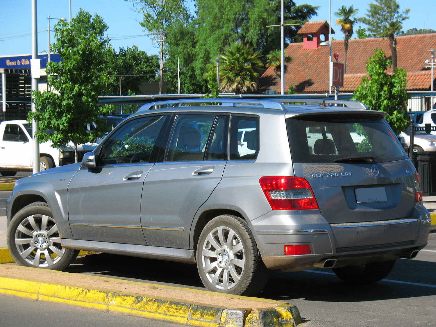 Mercedes Benz Glk  Edmunds