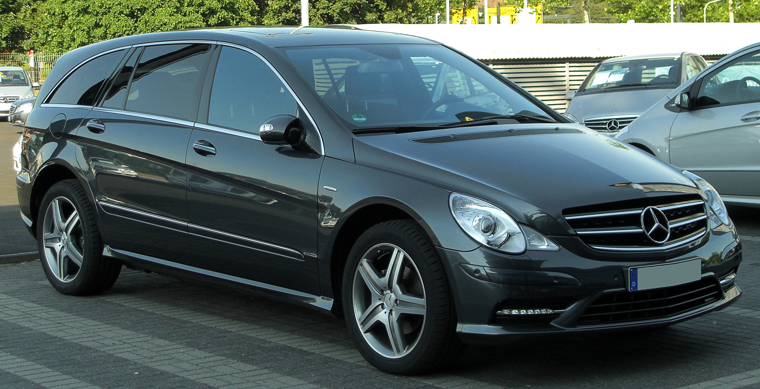 file mercedes r 350 cdi 4matic l grand edition v251 facelift front 1. Black Bedroom Furniture Sets. Home Design Ideas